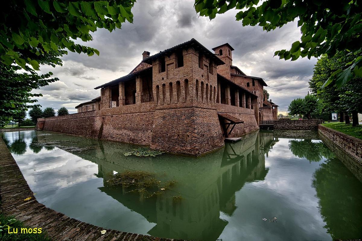 Castello Visconteo di Pagazzano 1...