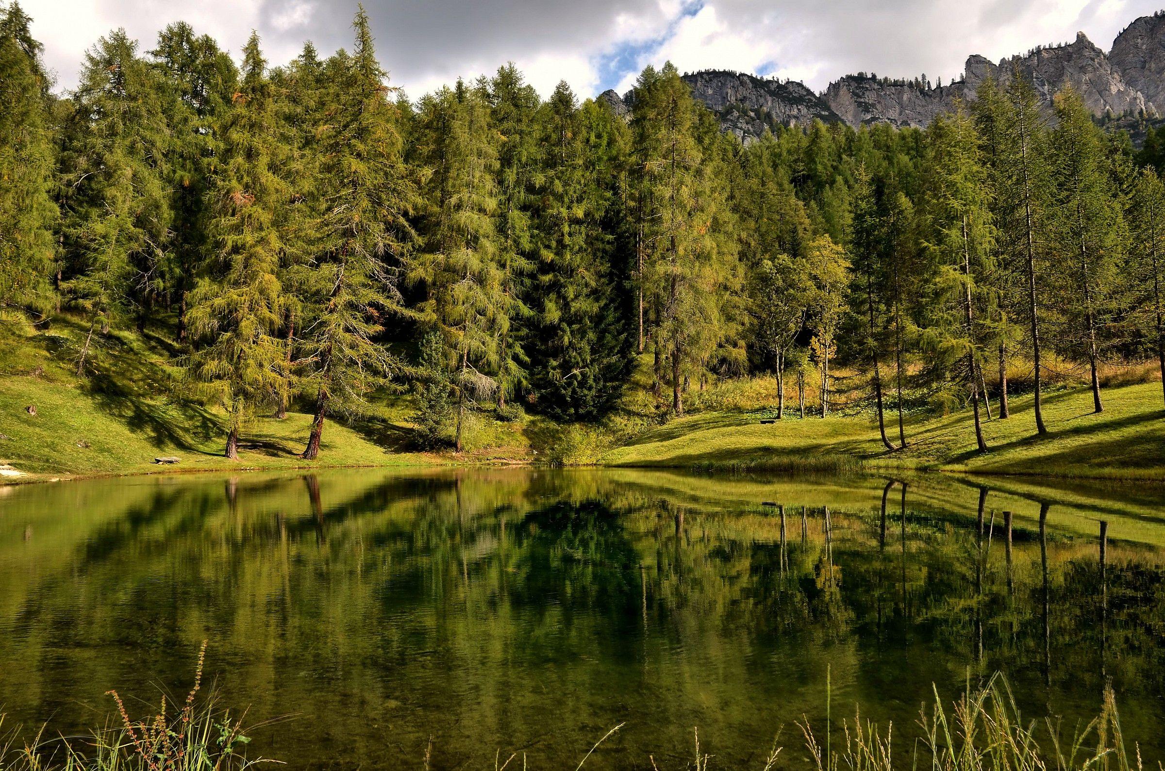HDR Lake Scin...