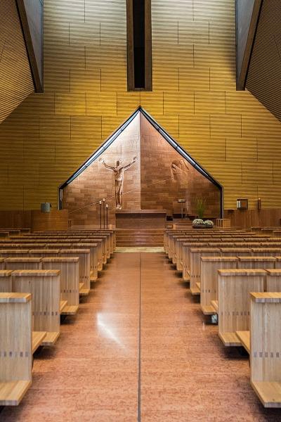 Interno chiesa di seriate arch mario botta juzaphoto for Interno j