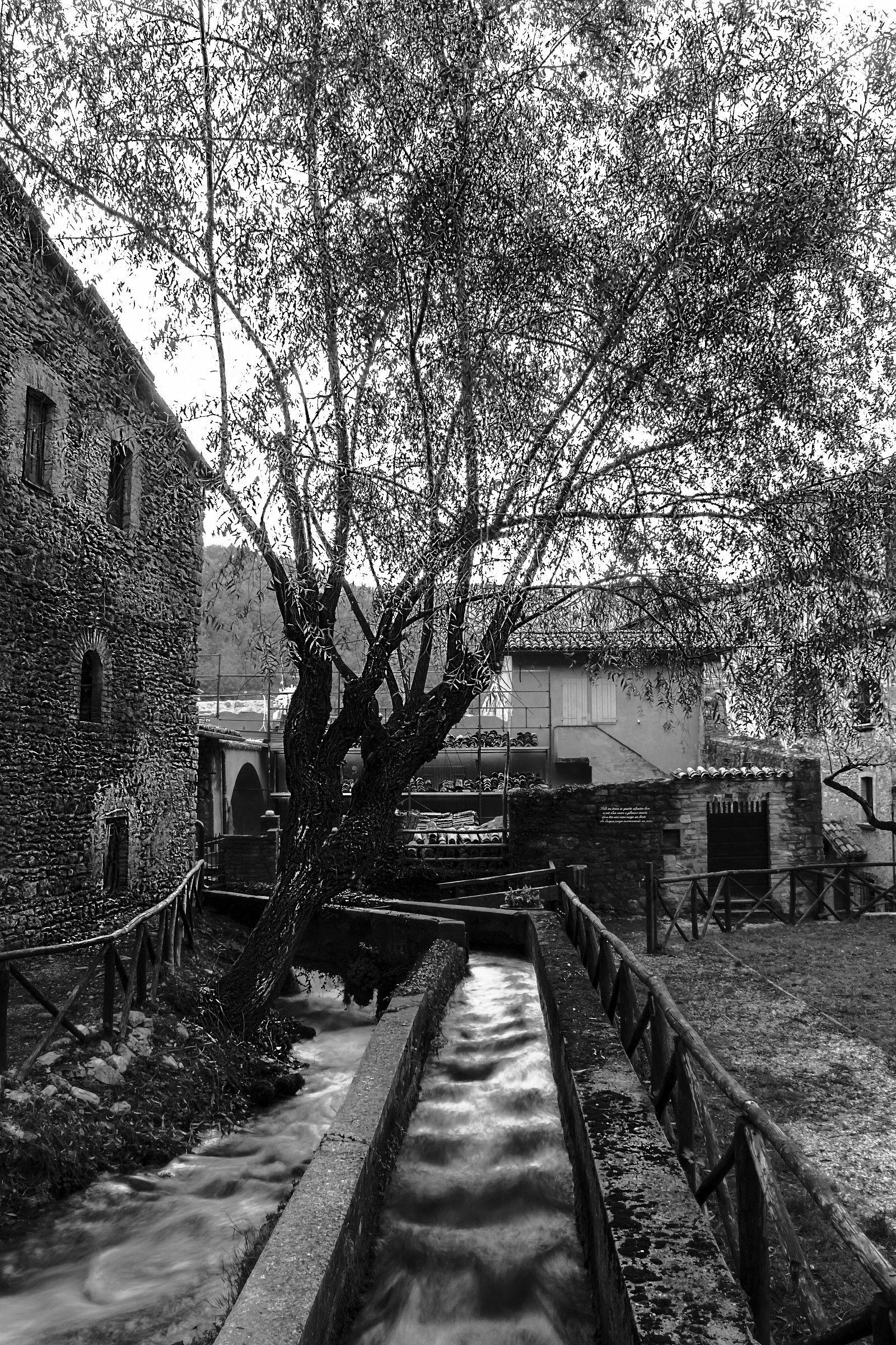Tiny village-Rasiglia Umbro...