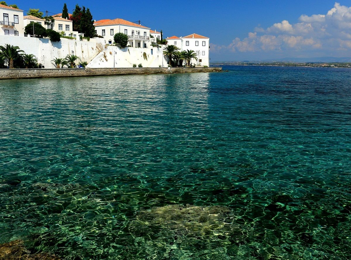 Sea and the typical architecture of Spetses...