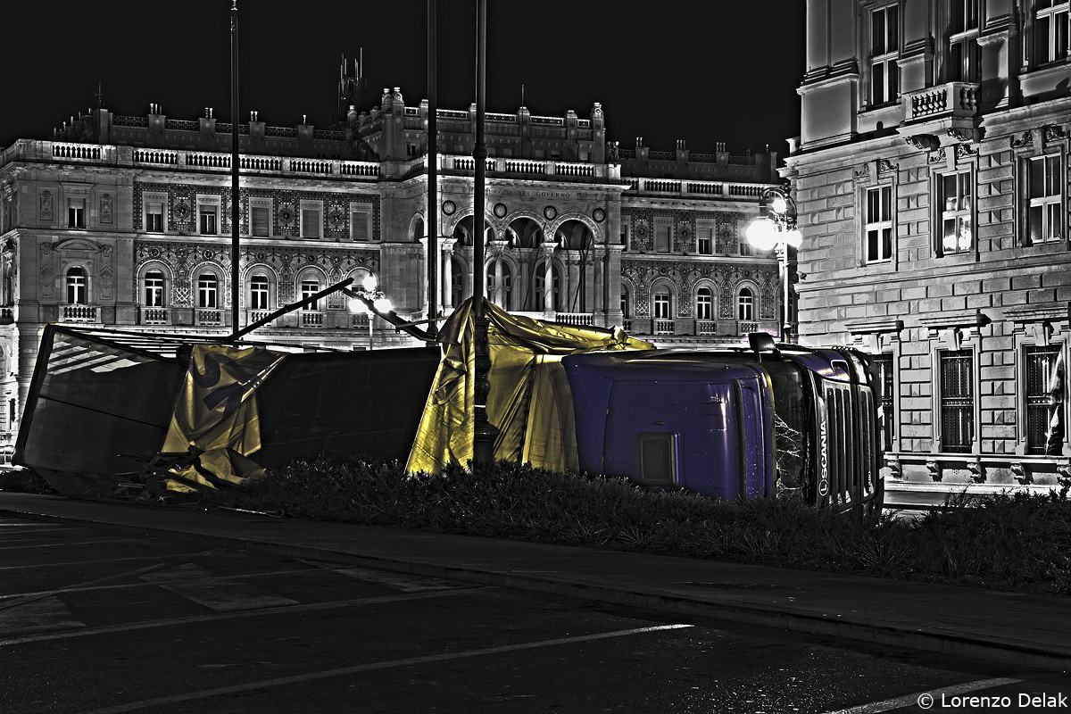 Truck overturned by the bora and the Government Palace - HDR...