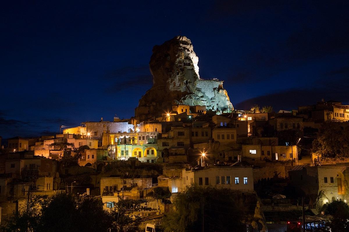 Ortahisar by night...