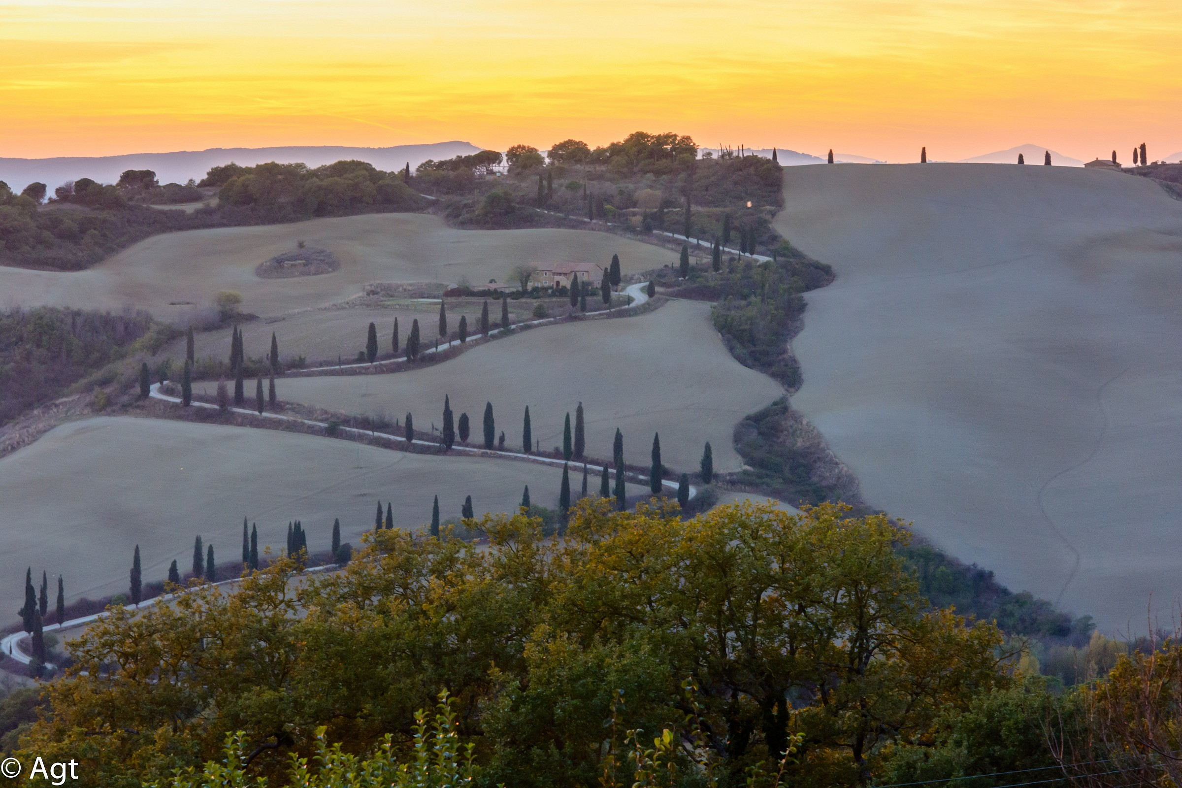 autumn sunset over the Val d'Orcia...