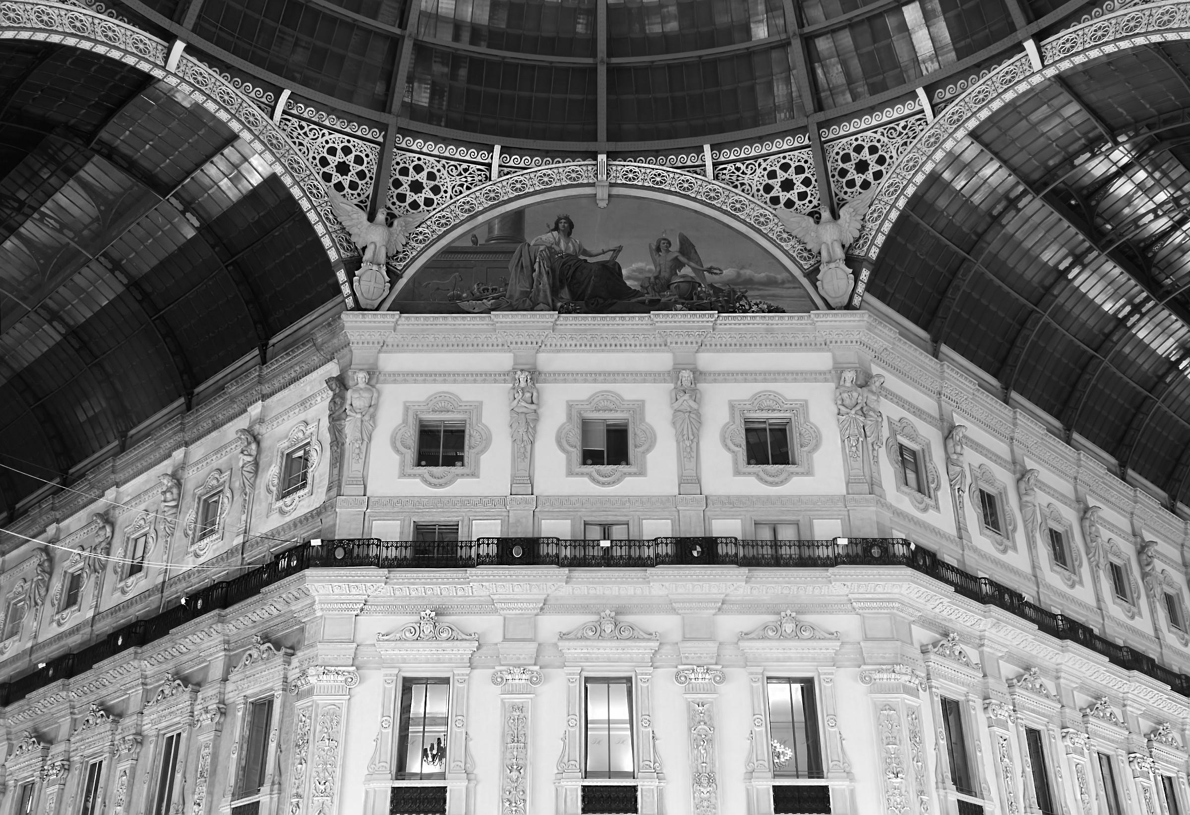 Galleria Vittorio Emanuele II - Milan...