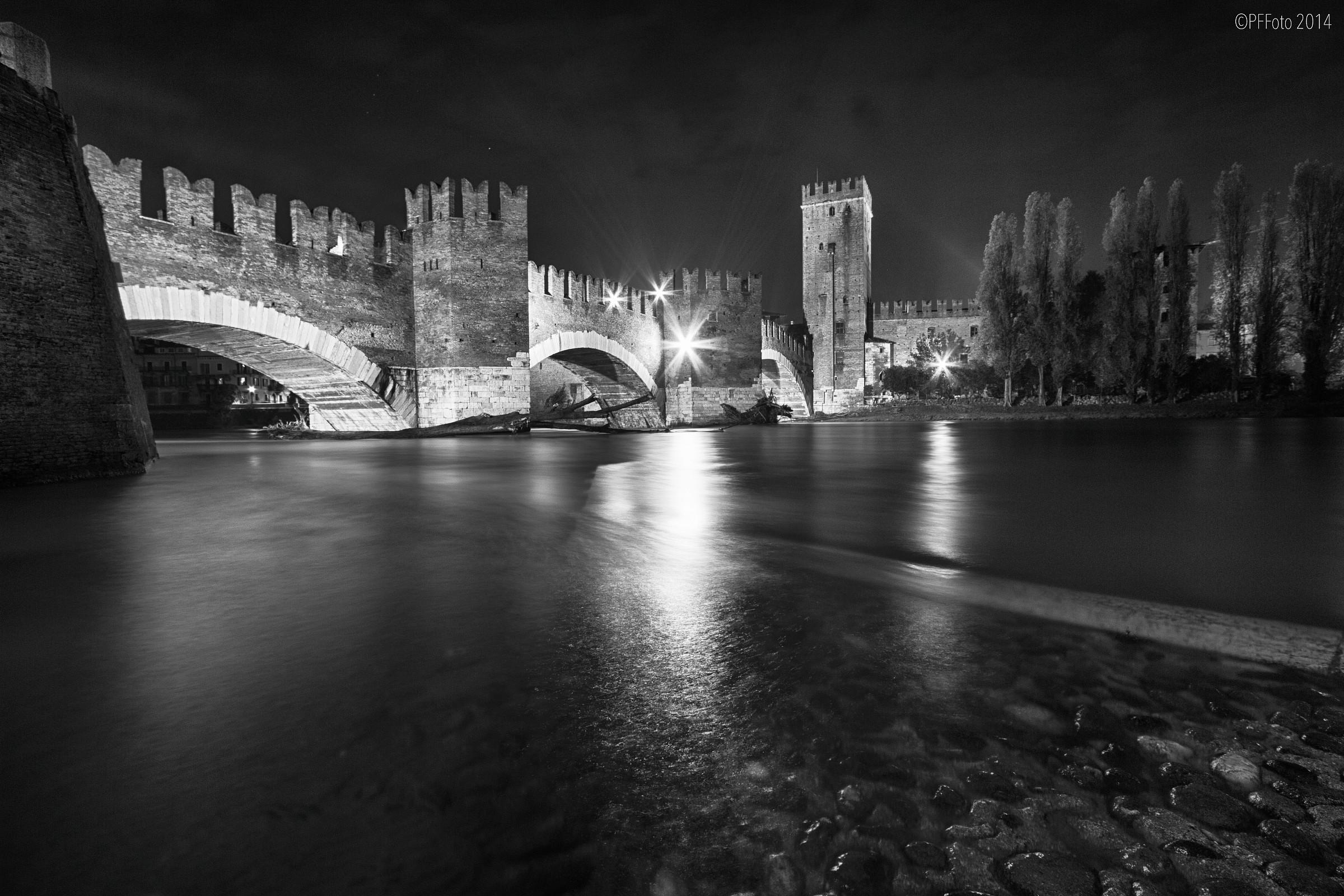 Notturna a Verona...
