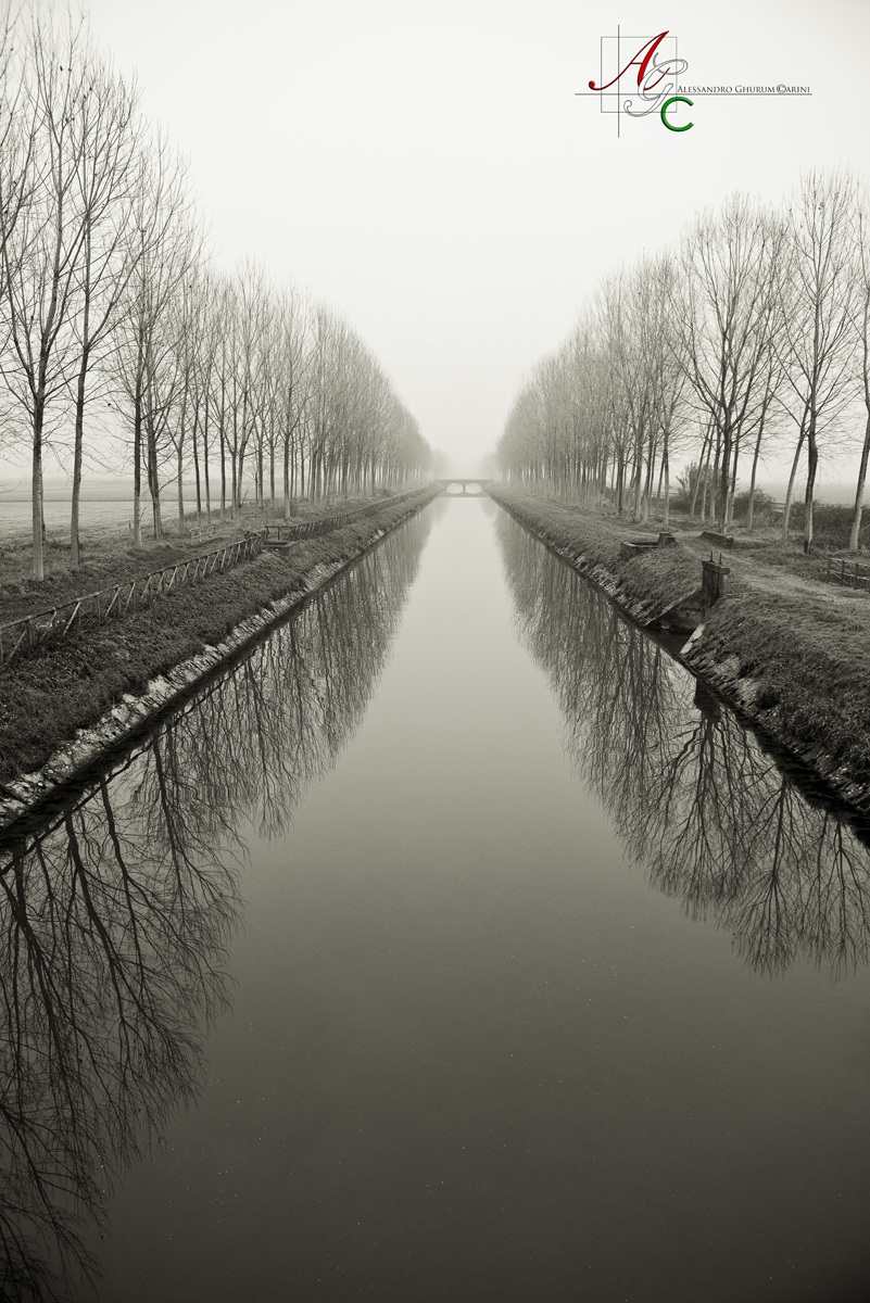 Infinity in the fog...