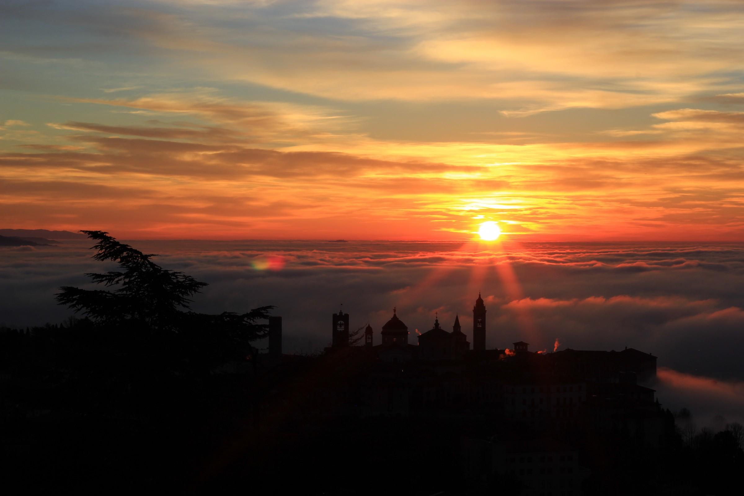 Bergamo, City High ... awakening winter....
