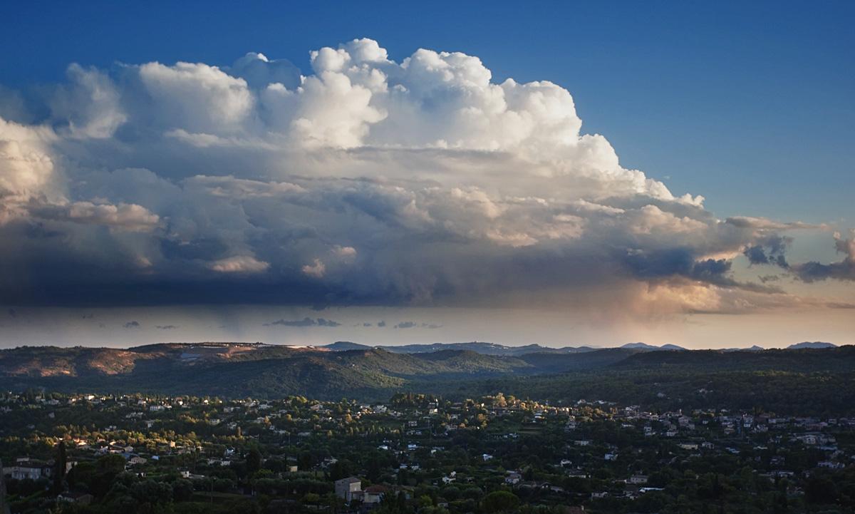 Clouds over St. Paul de Vence...