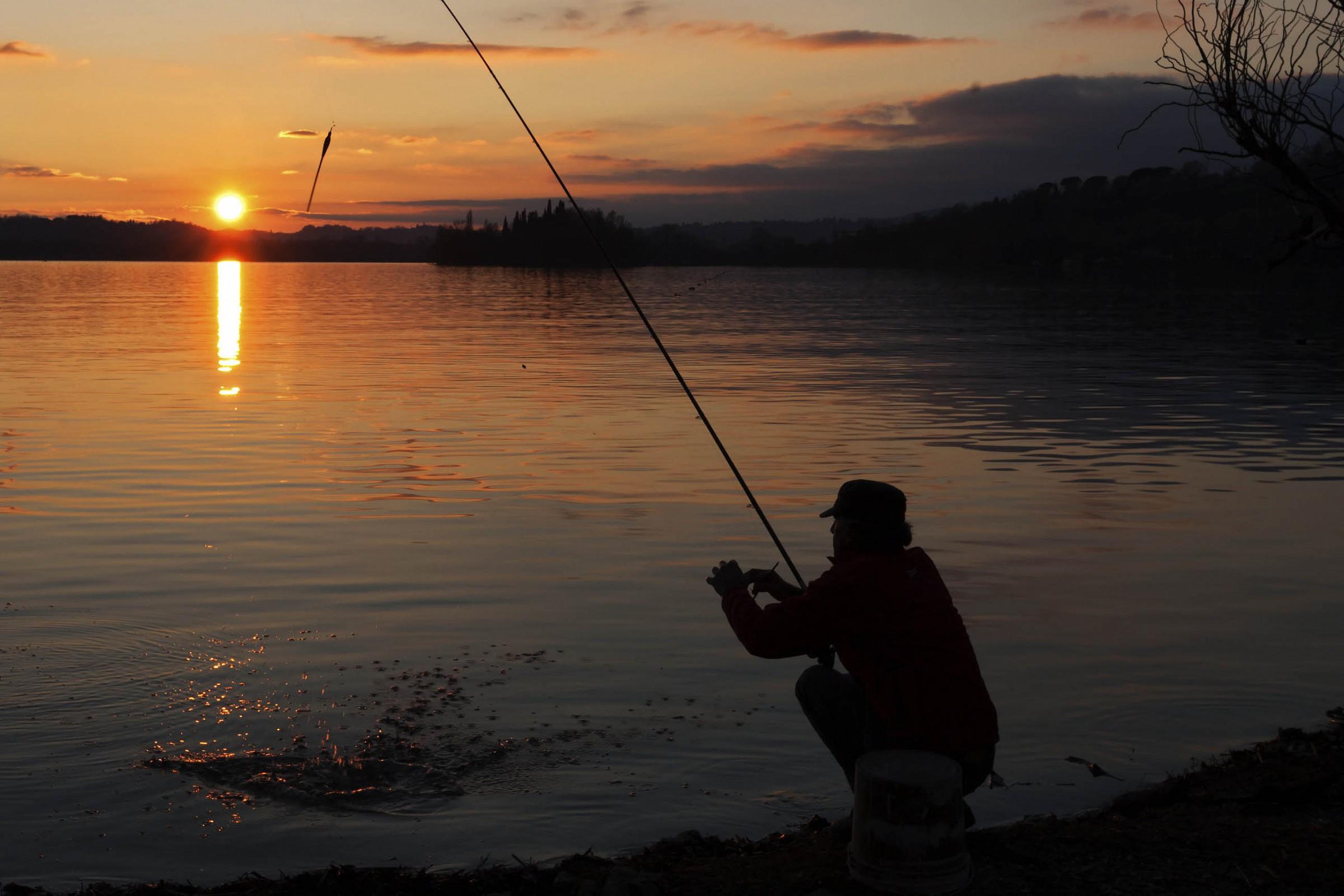 Fishing Pusiano...