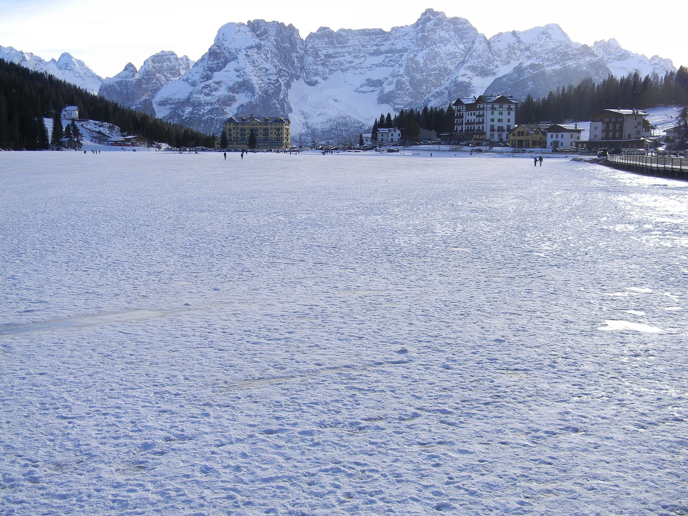 Lake Misurina frozen...
