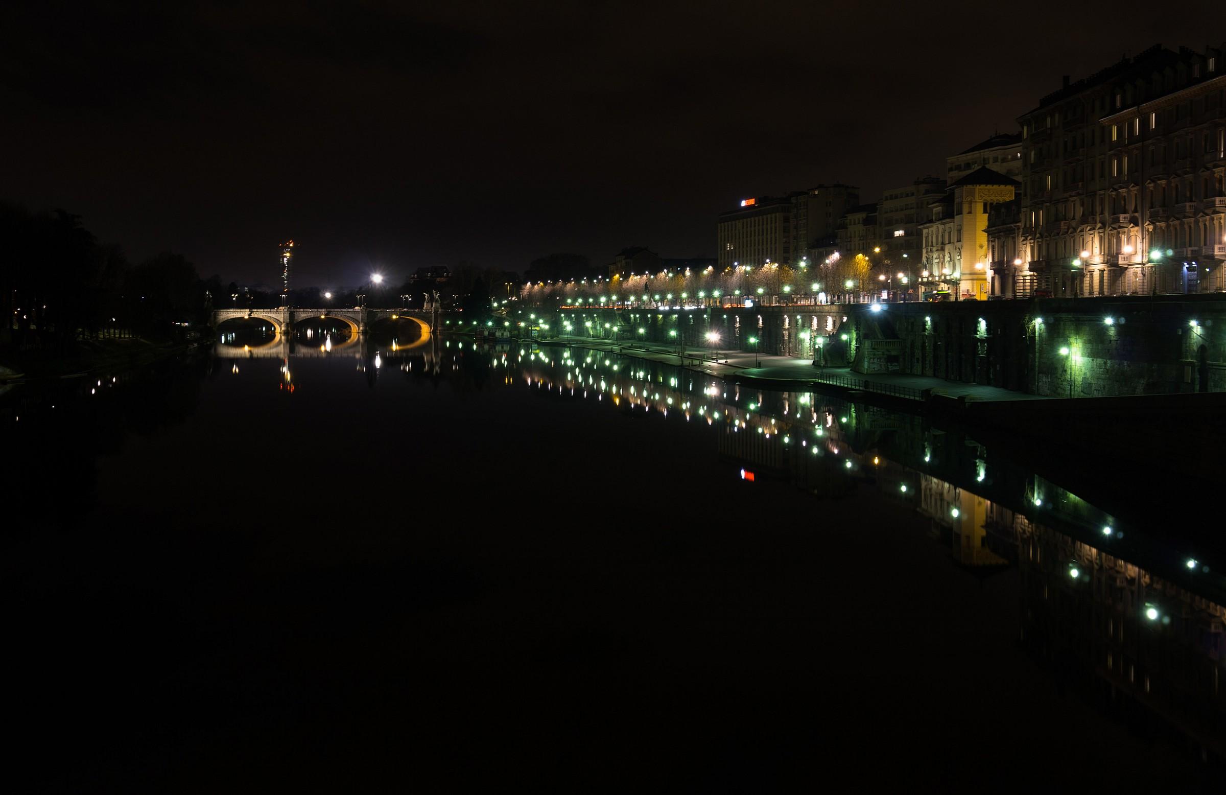 Ponte Umberto and Murazzi...