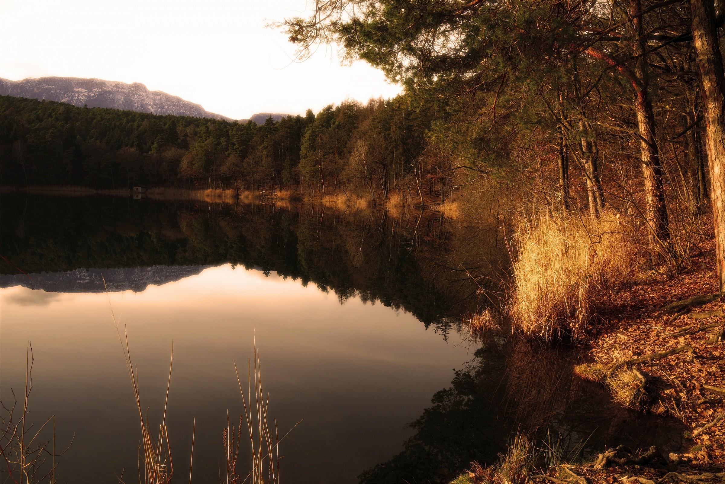 Montiggler small lake...