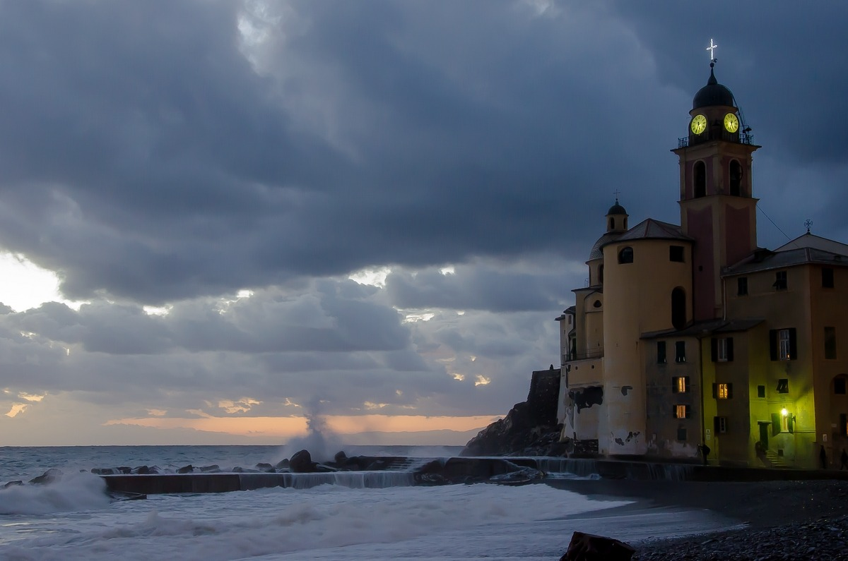 last light in Camogli...