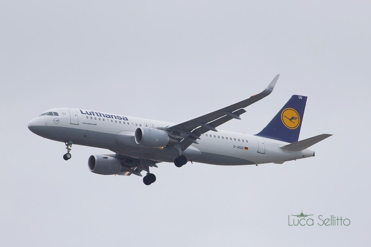Airbus a320-214(wl) Lufthansa...