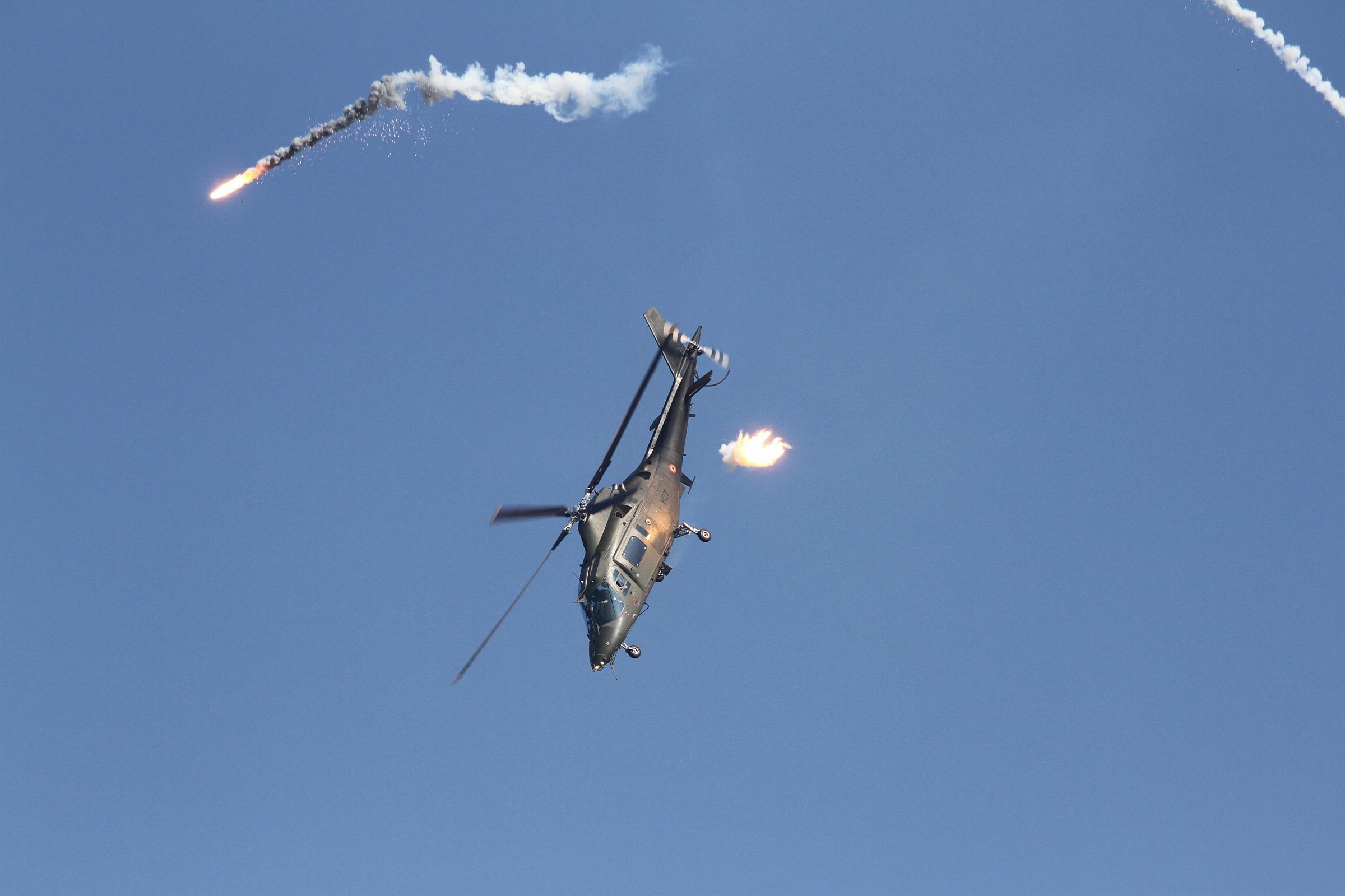 Agusta 109 Power - Flares...