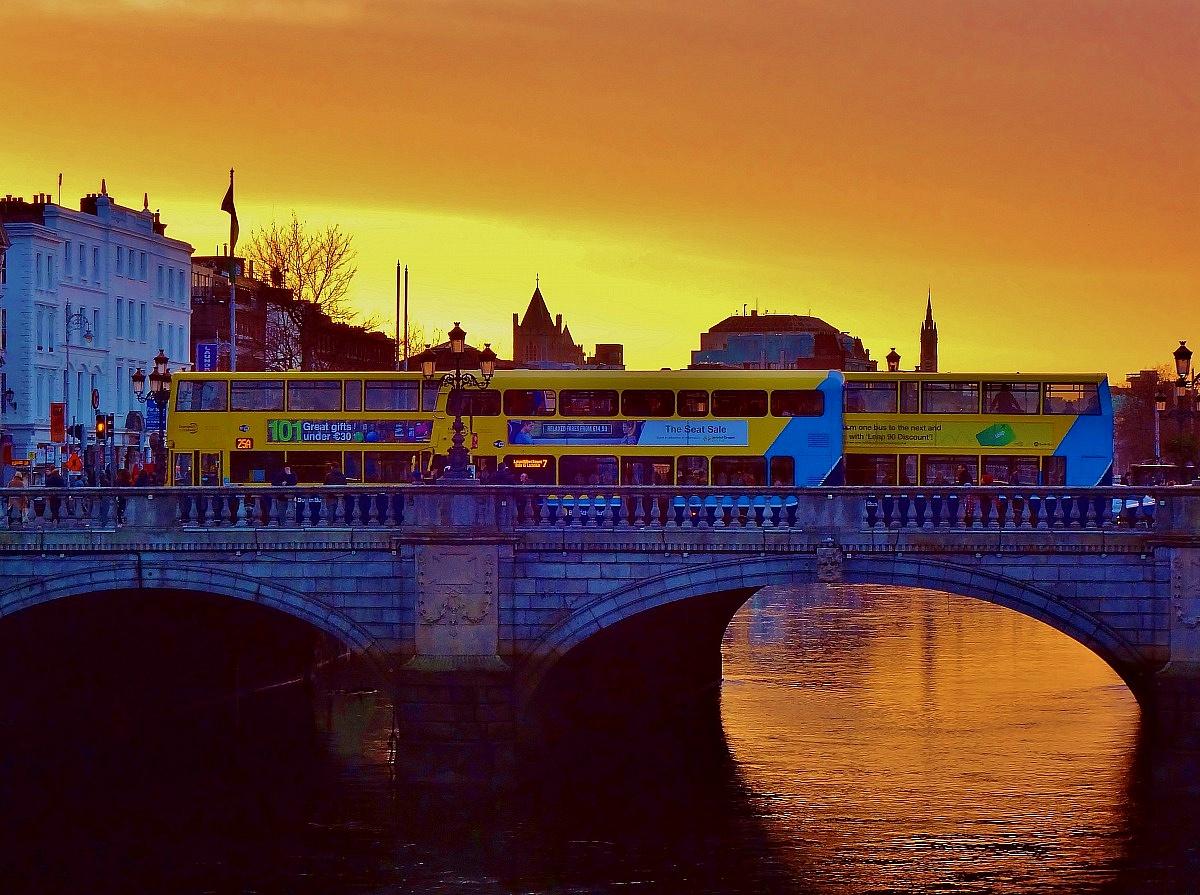 The sun sets in Dublin...