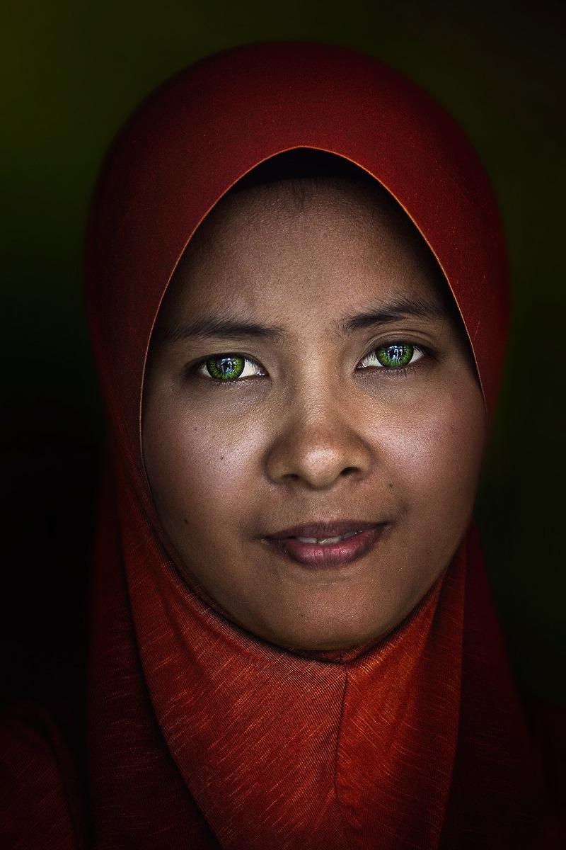 Green contact lenses...