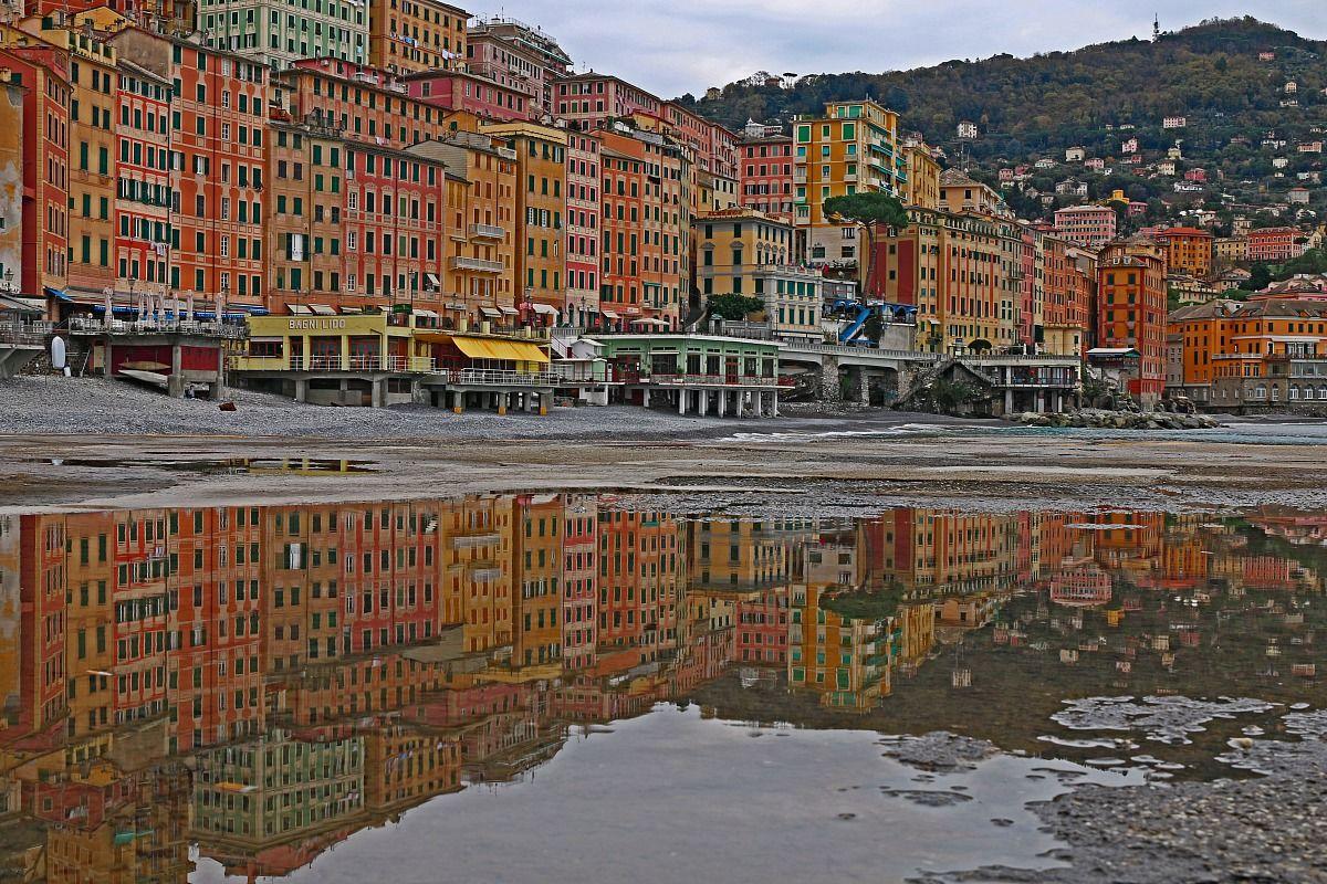 camogli reflects...
