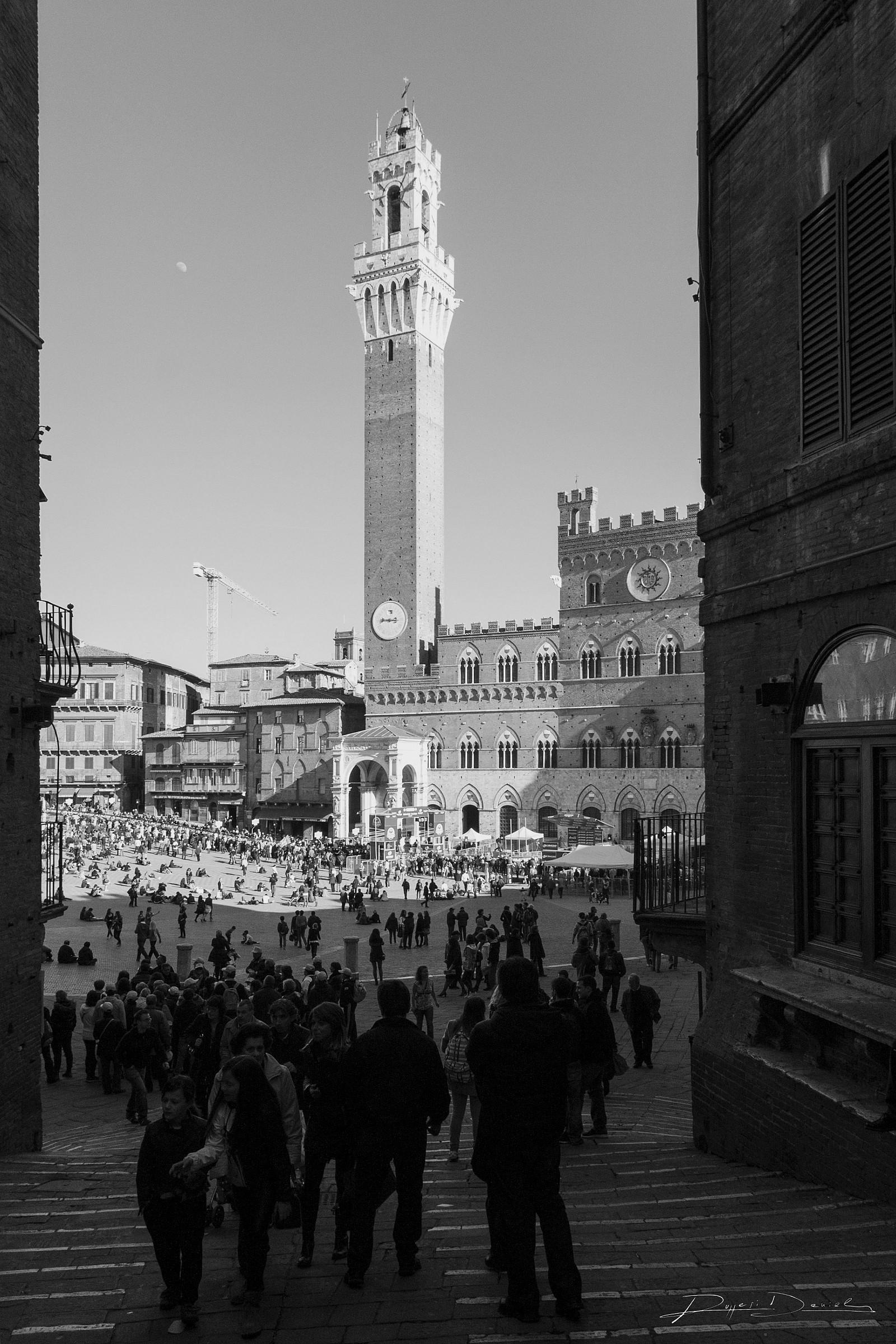 _ Siena Piazza del Campo...