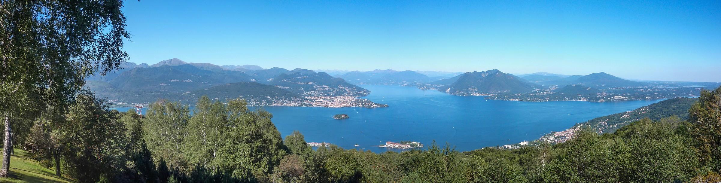 Panoramica del Lago Maggiore da Gignese...