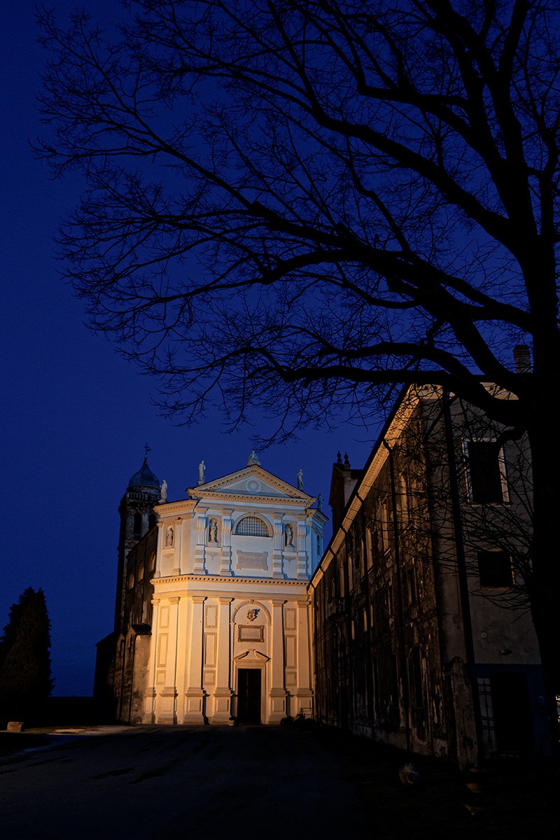 Prisons (Pd) - Abbey Church and churchyard...
