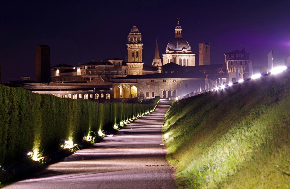 Mantova di sera...