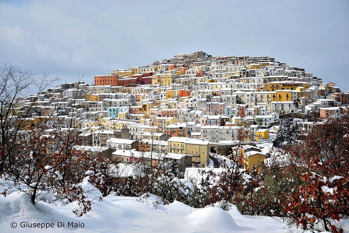 Lo Spettacolo della neve ( Calitri )...