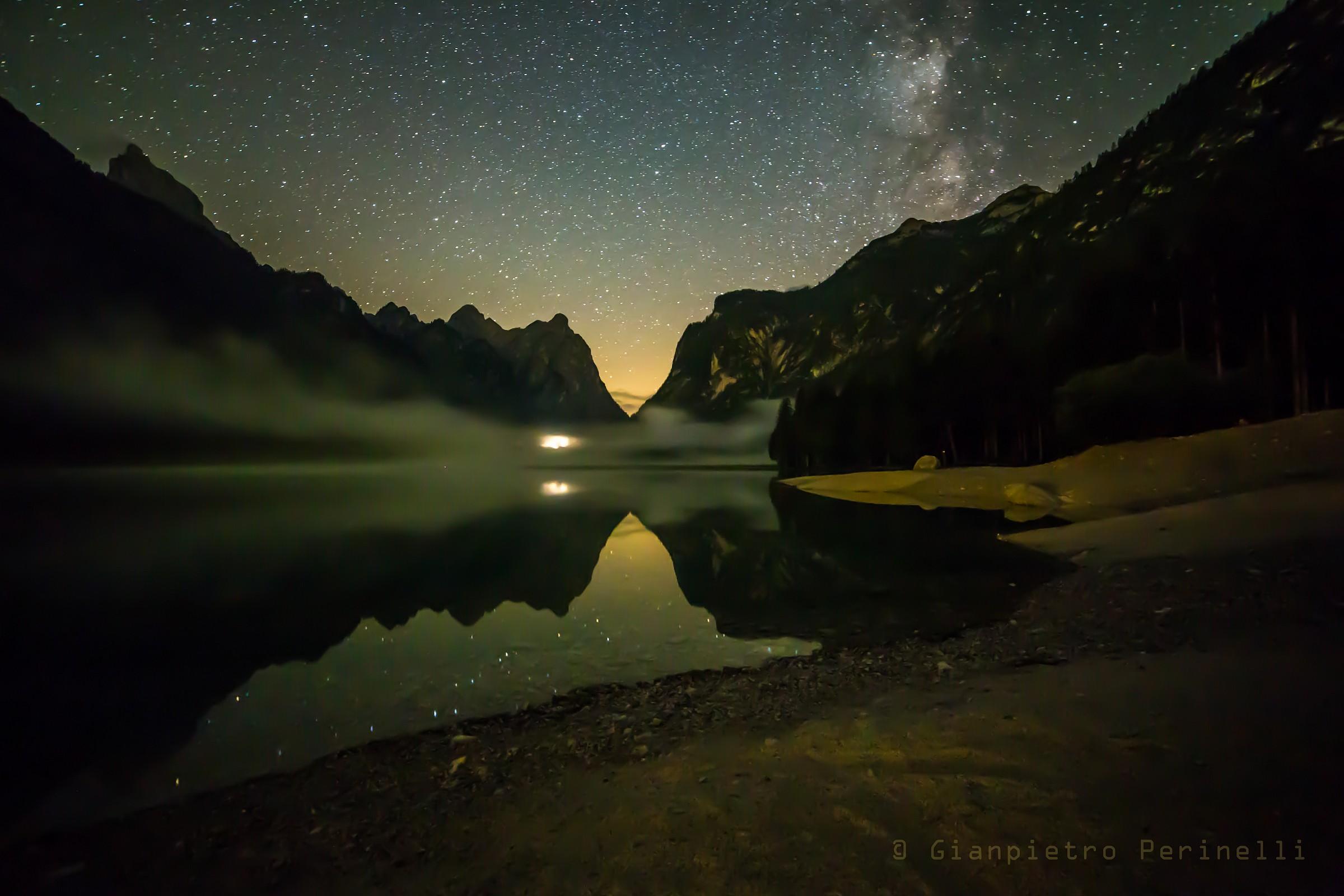 Lago di Dobbiaco di notte...