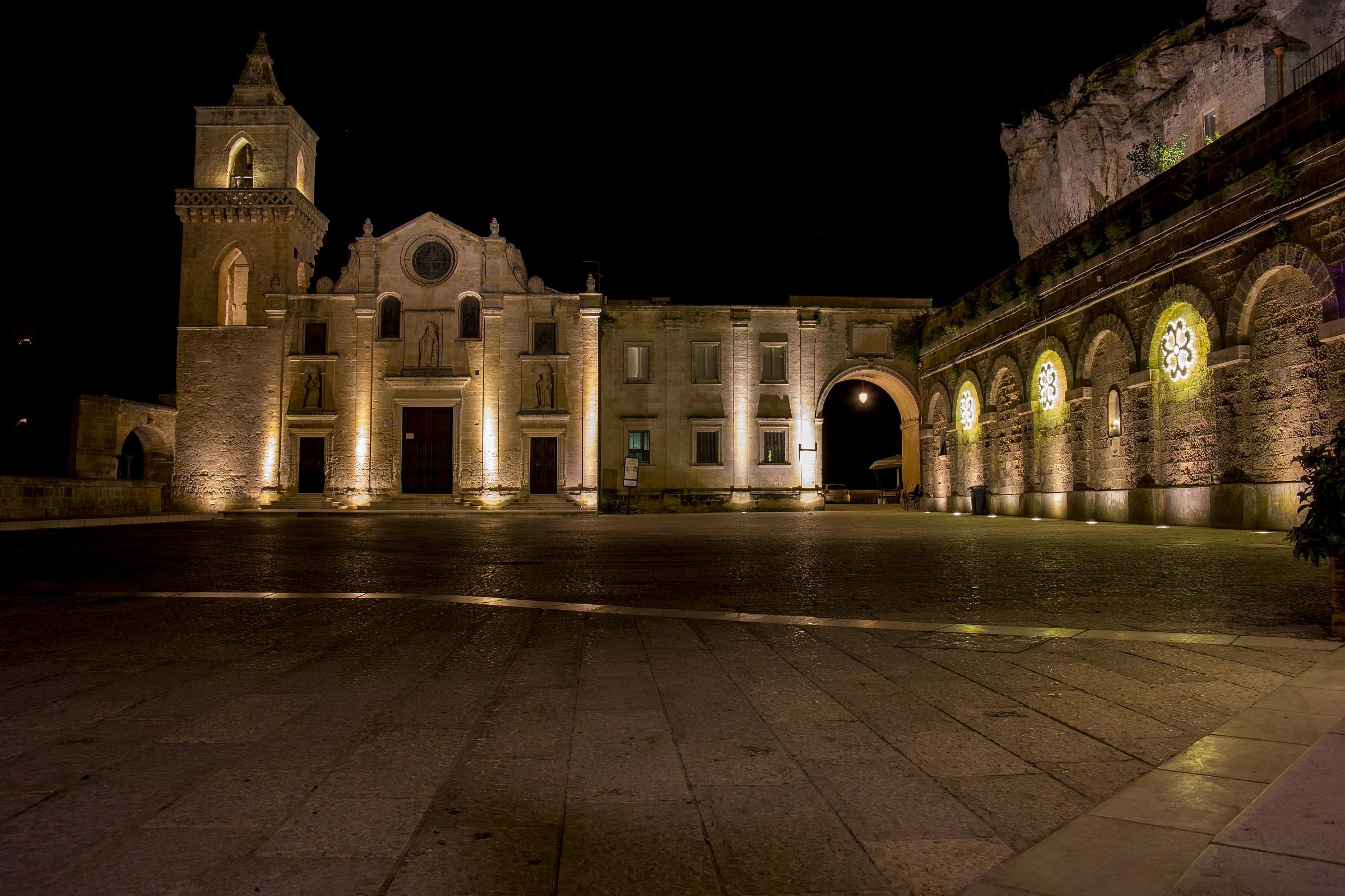 piazza San Pietro Caveoso, nei Sassi di Matera...