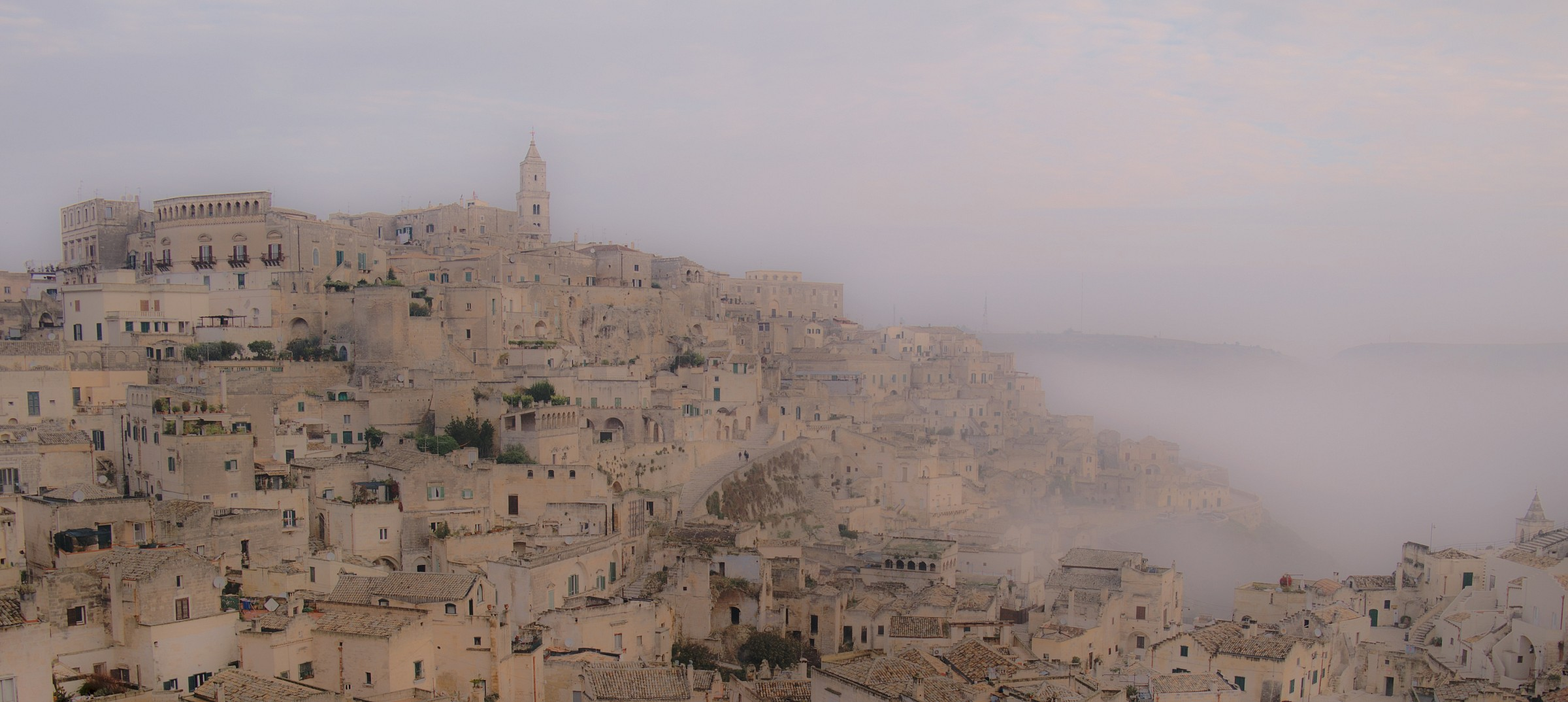 nebbia sui Sassi di Matera...