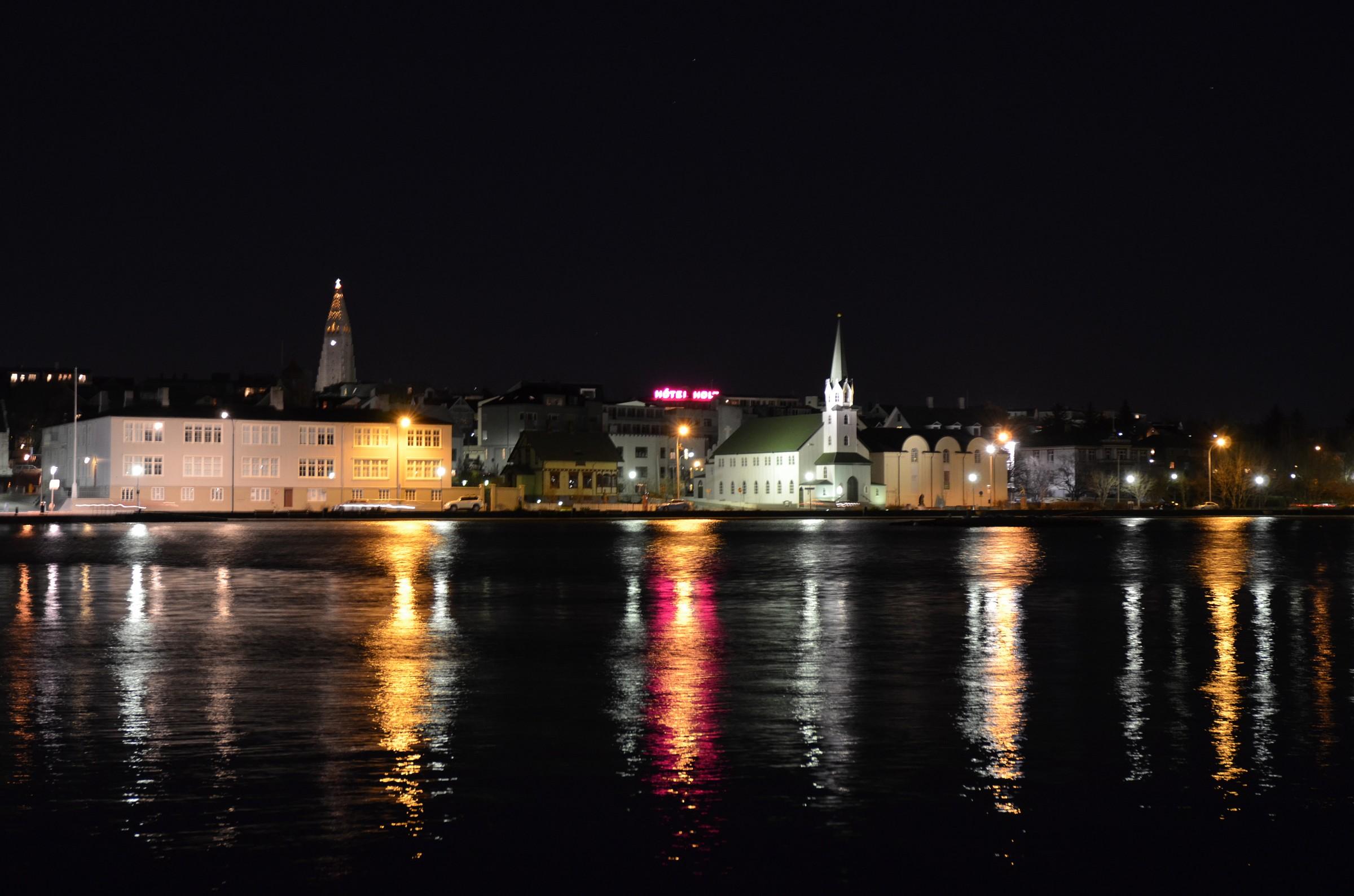 Reykjavik night...