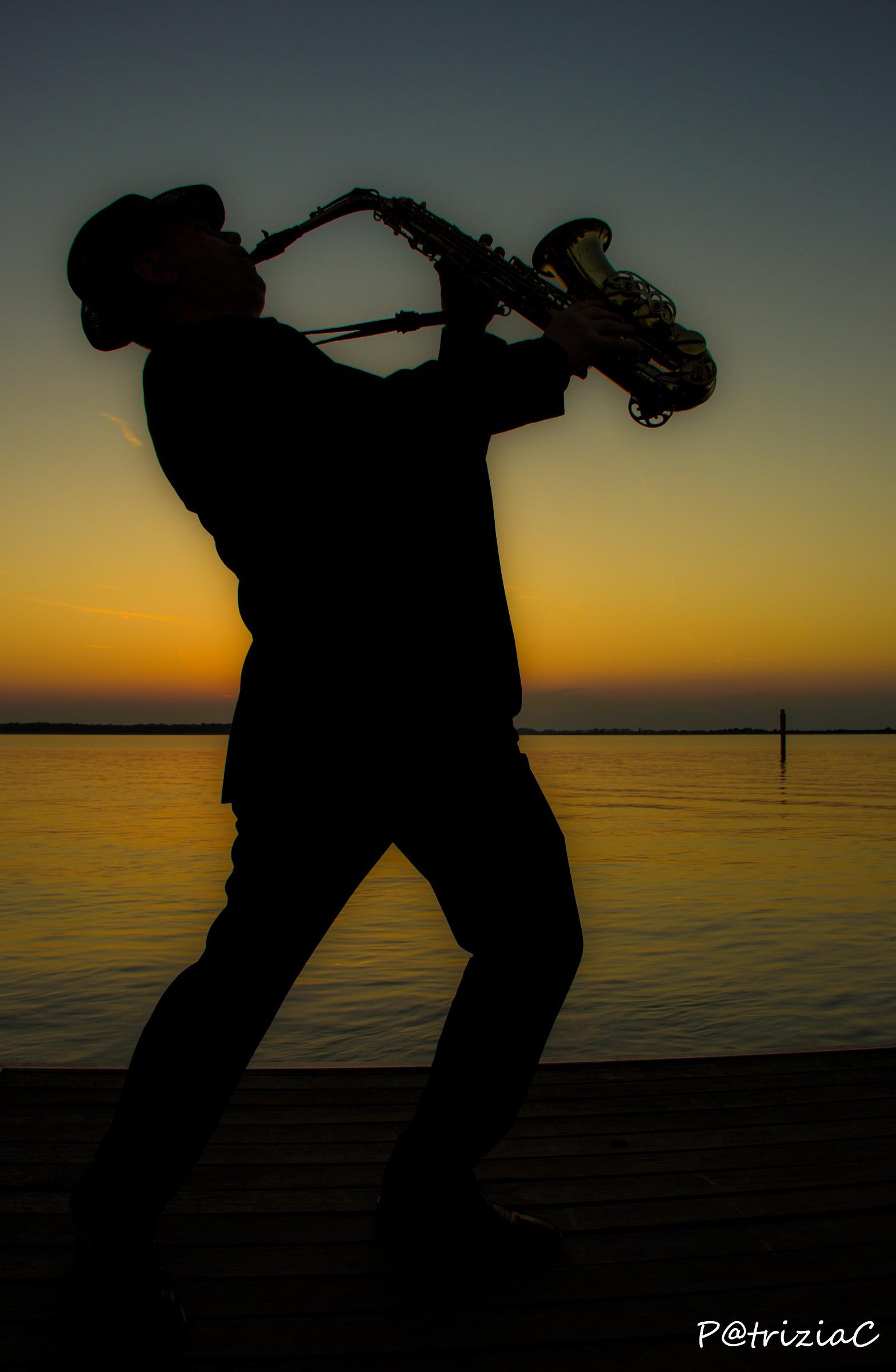 ... sunset&sax ......