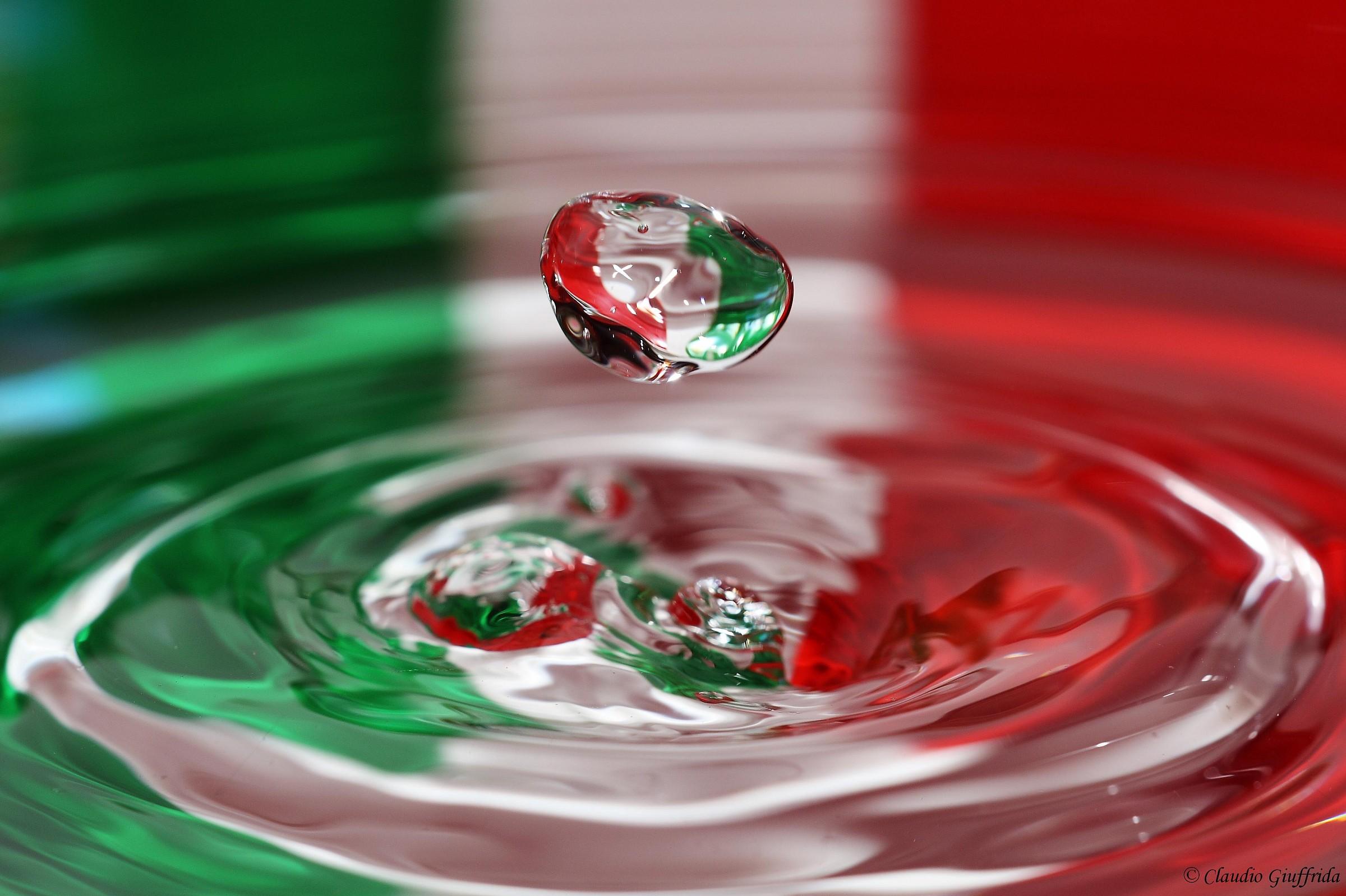 tricolor 1...