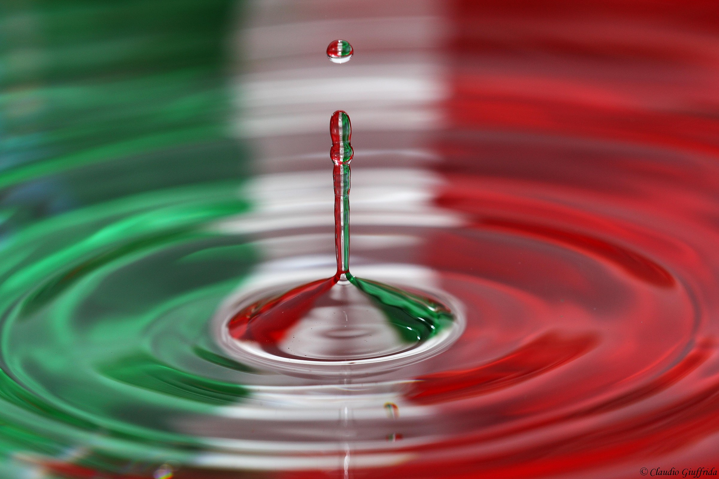 tricolor 3...