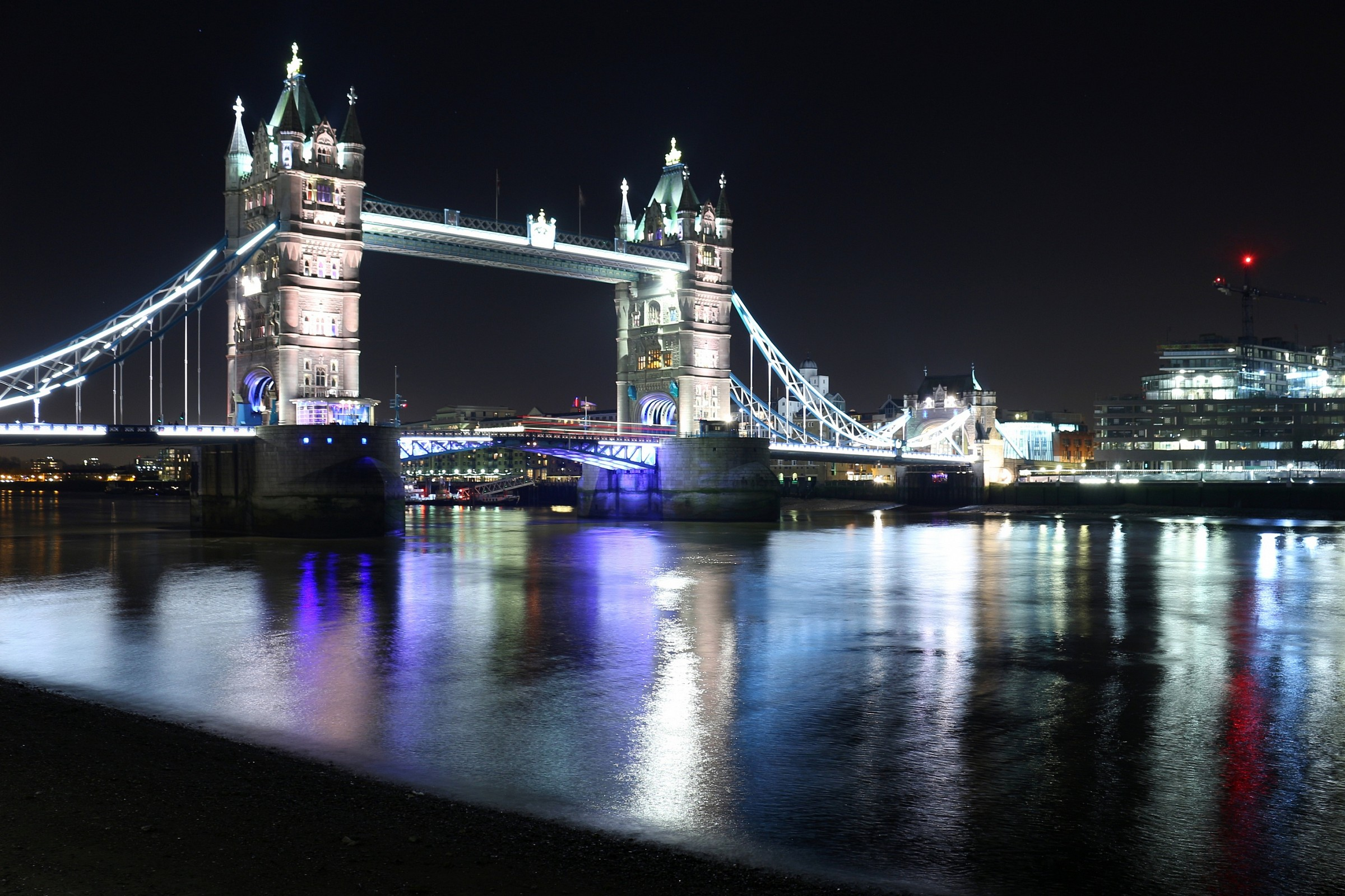 Tower Bridge by night...