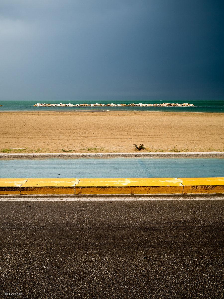 Adriatic, asphalt and stripes...
