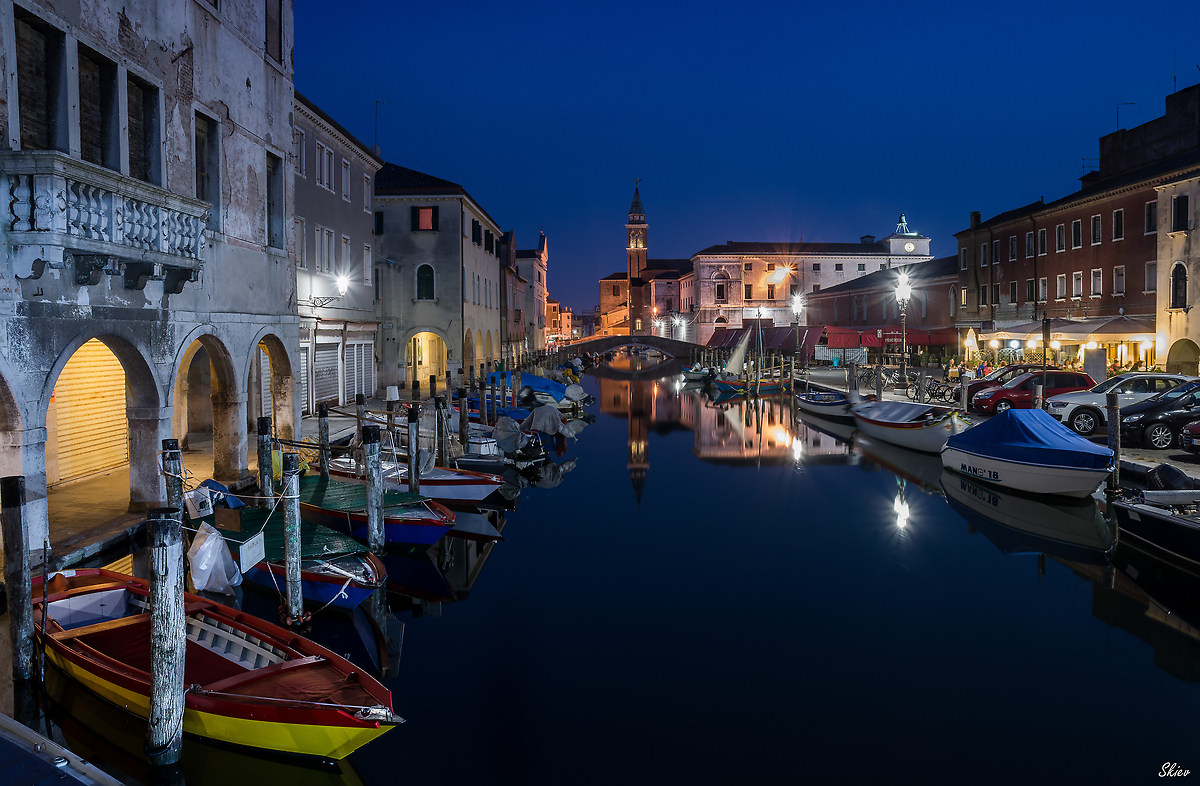 When Chioggia is tinged with blue ......