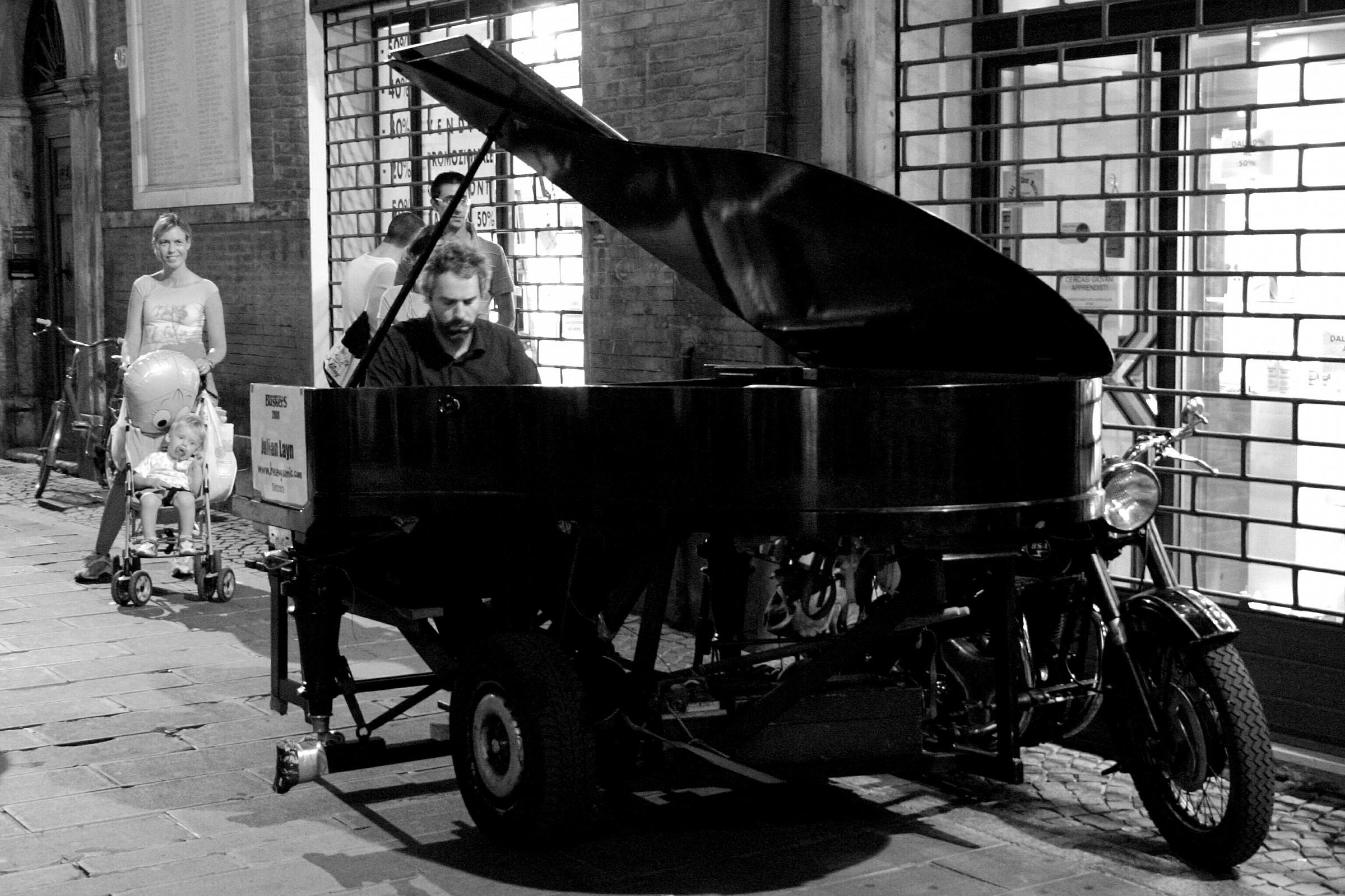PianoSidecar...