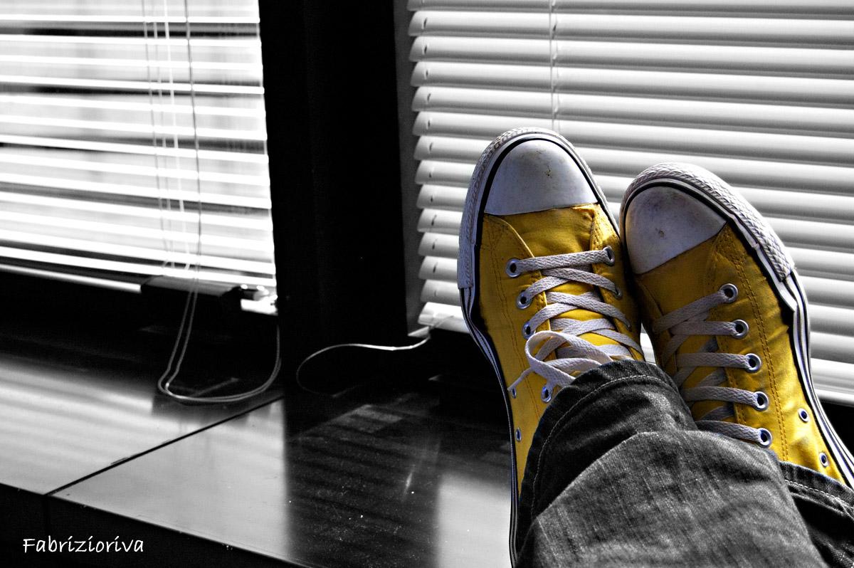 yellow chuck relax...