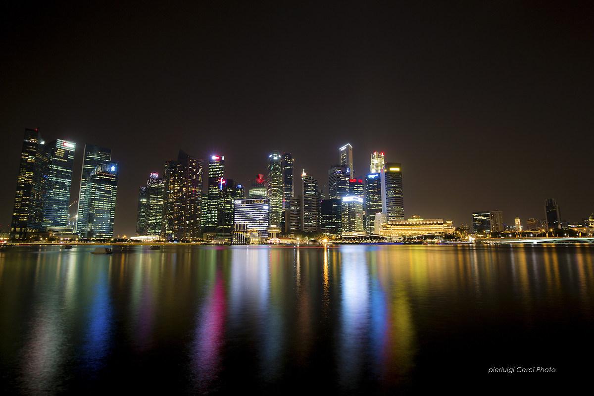 Singapore by Night...