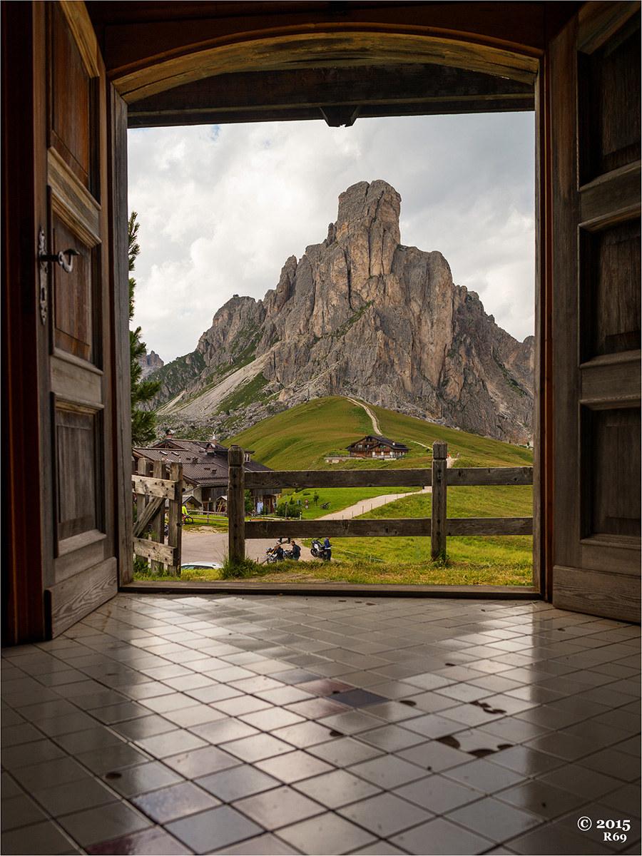 Doors open on 'The Gusela'...