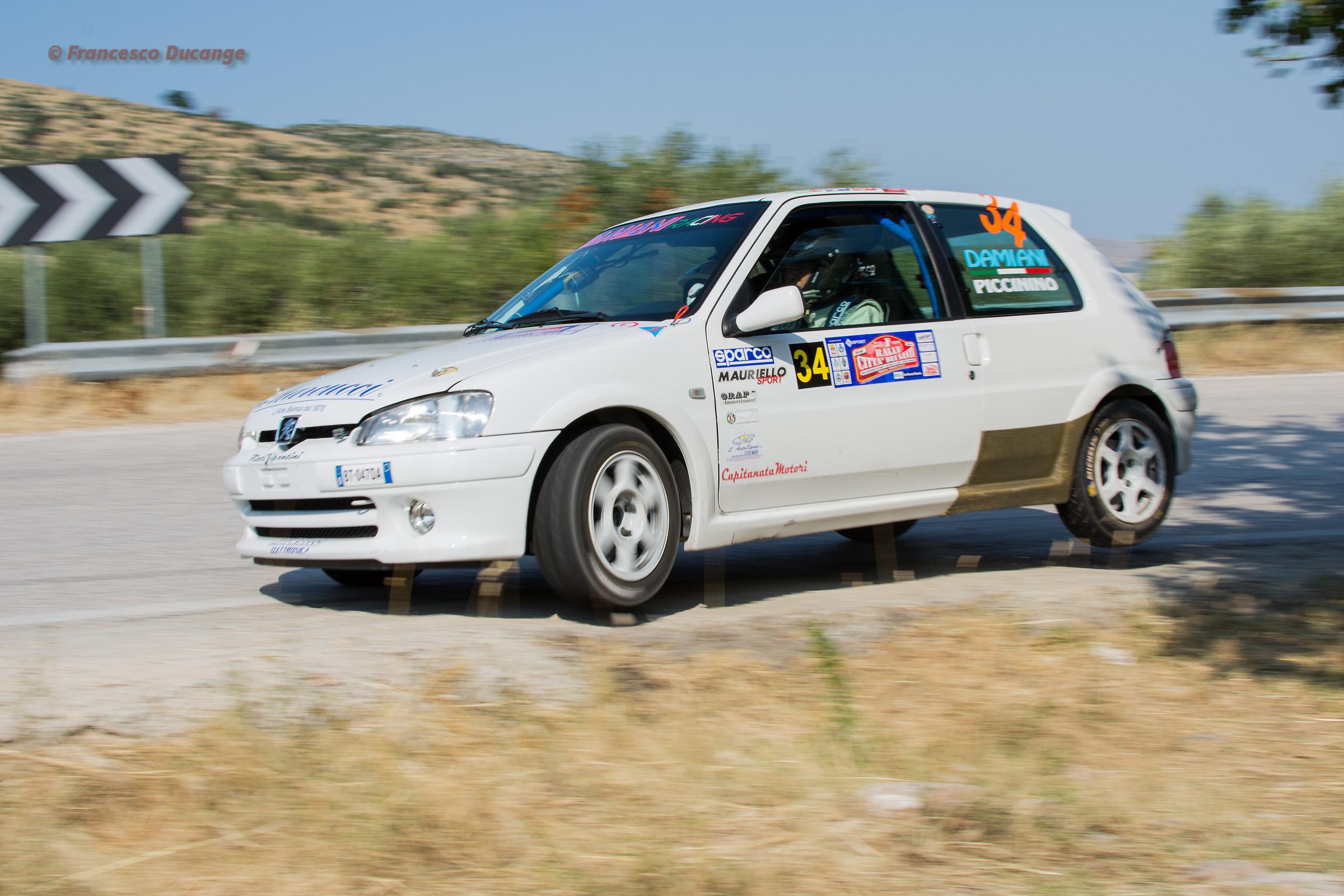 Peugeot 106...