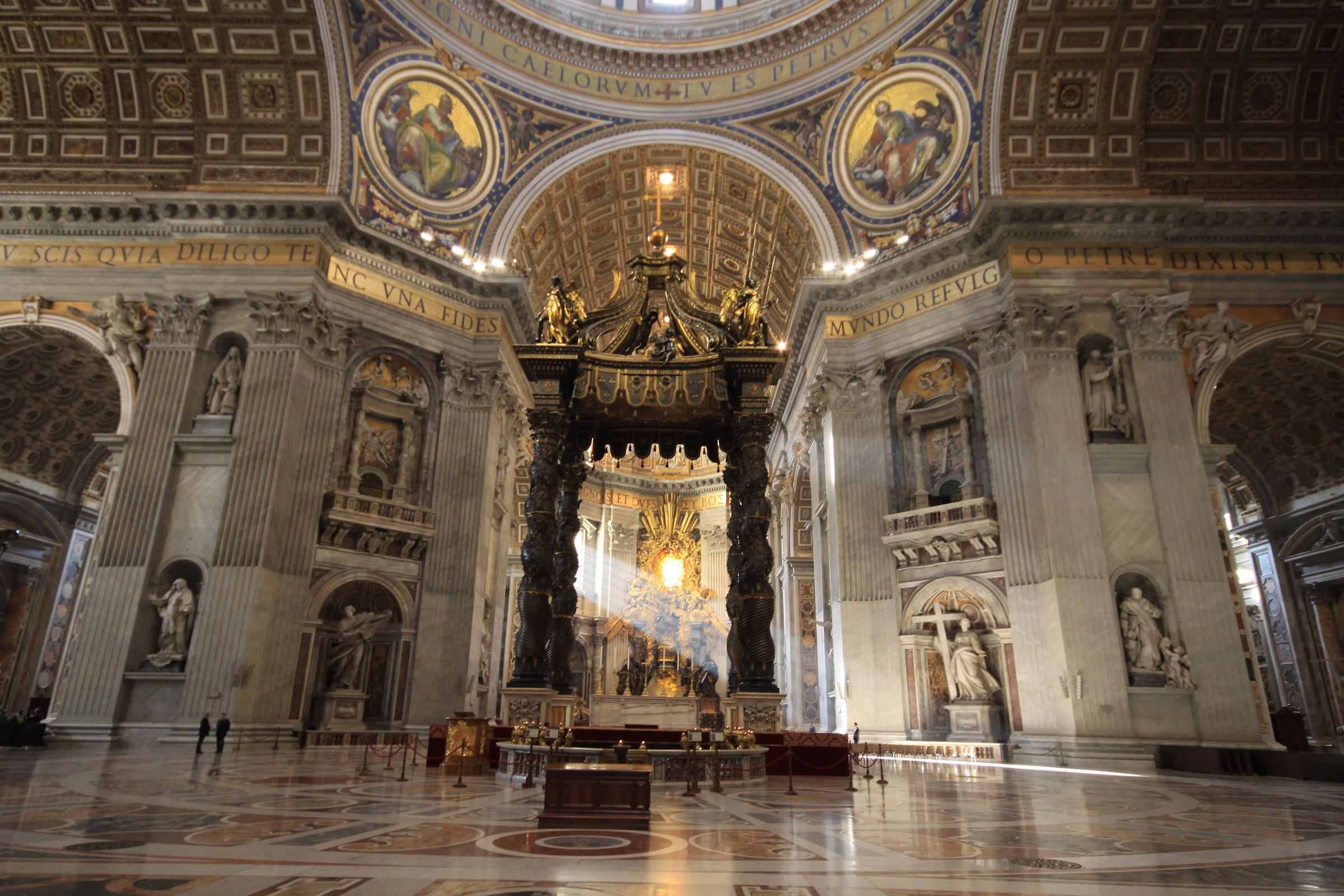 Le colonne del cristianesimo juzaphoto for Aggiornare le colonne del portico