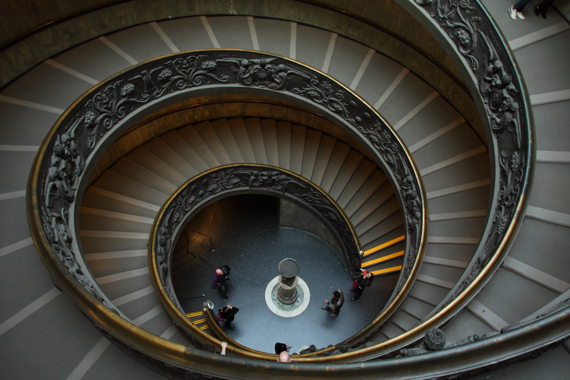 scale output Vatican Museums...
