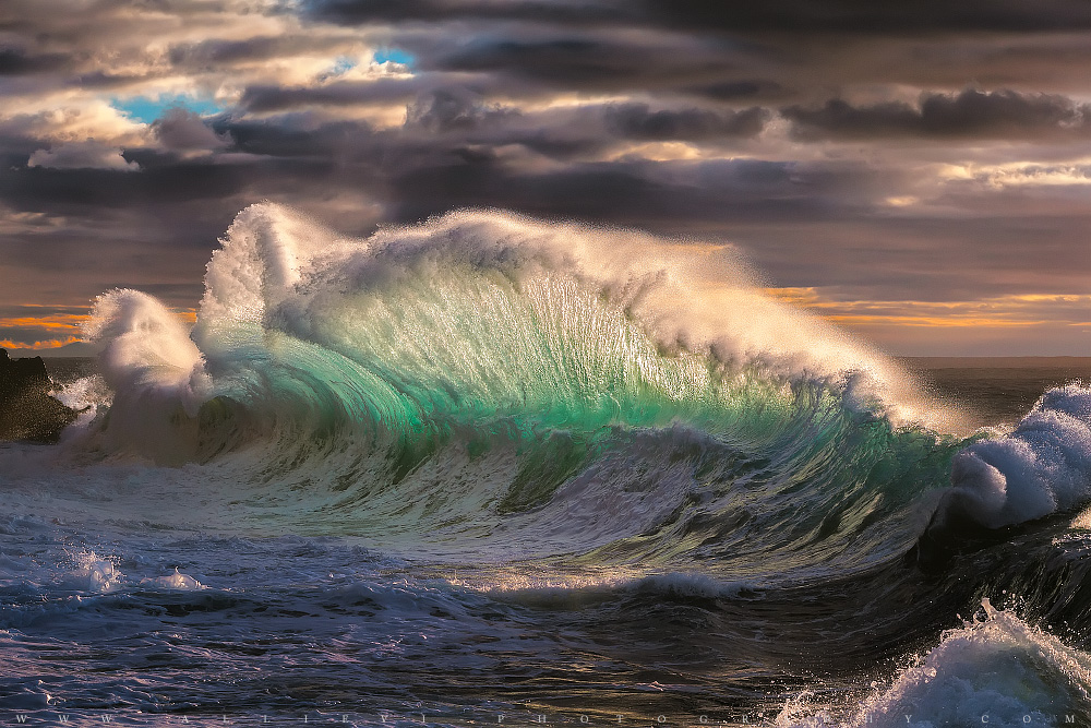 Rough sea 12...