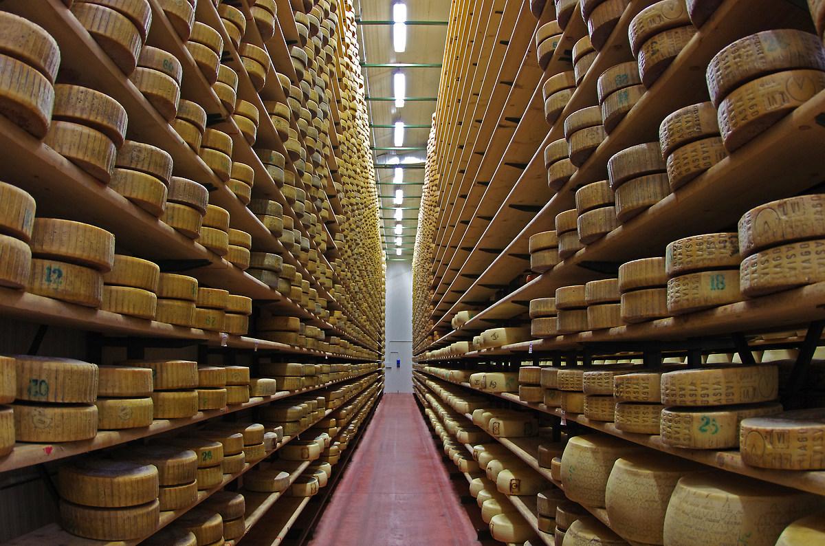 Asiago cheese factory (vi)...