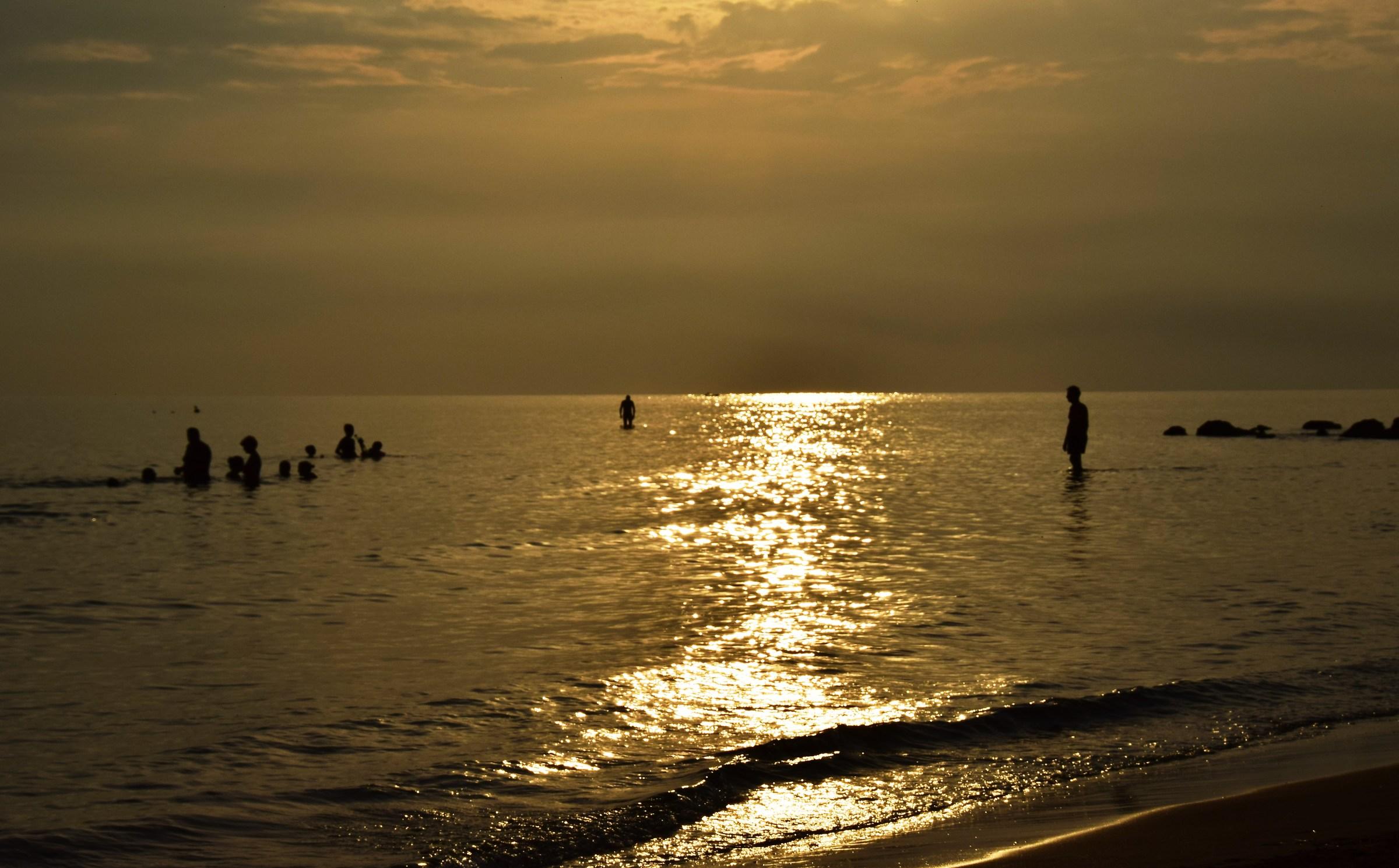 wake ..... Punta Secca...