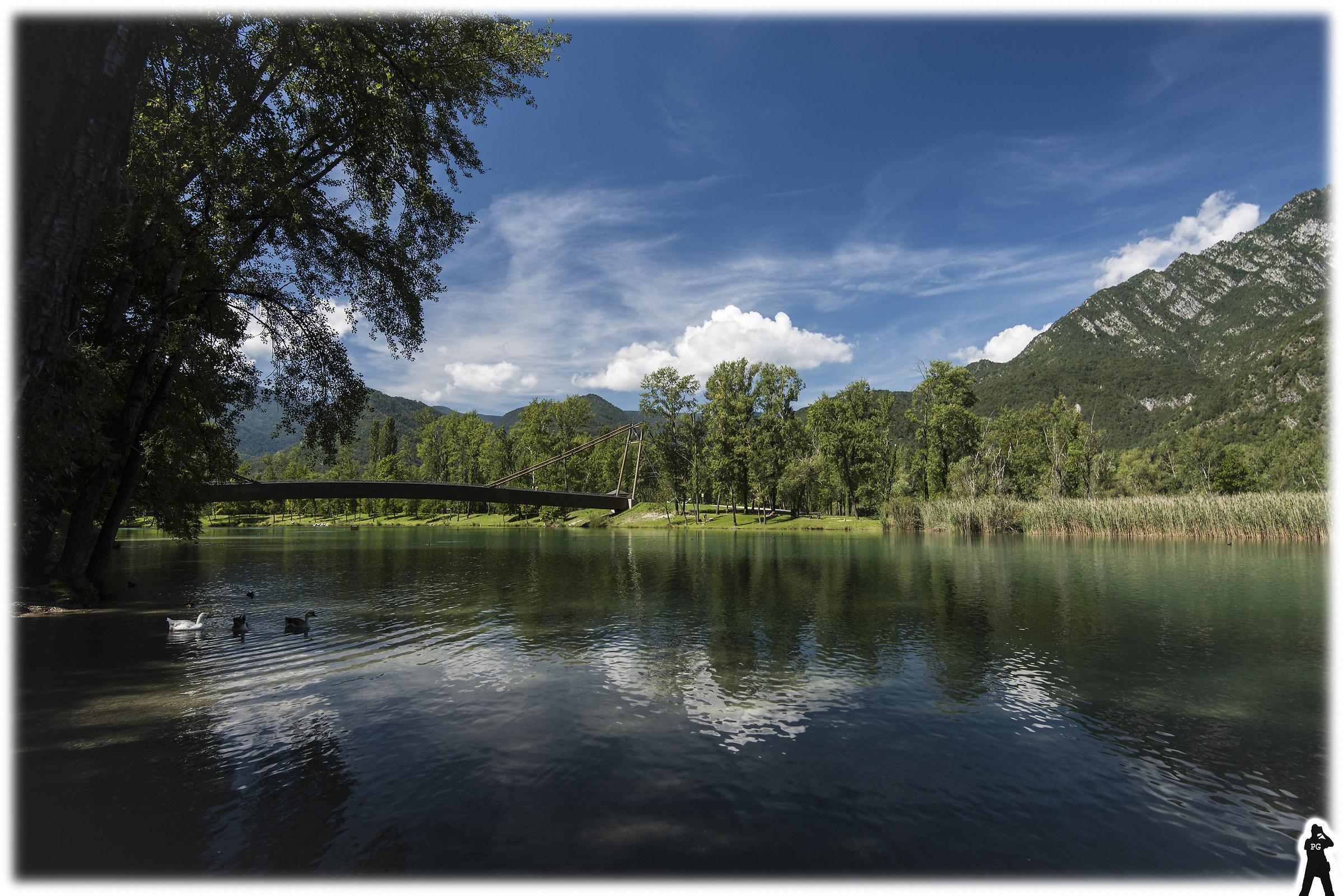 Lake Cavazzo 02 (or lake of 3 common borders or 3!)...
