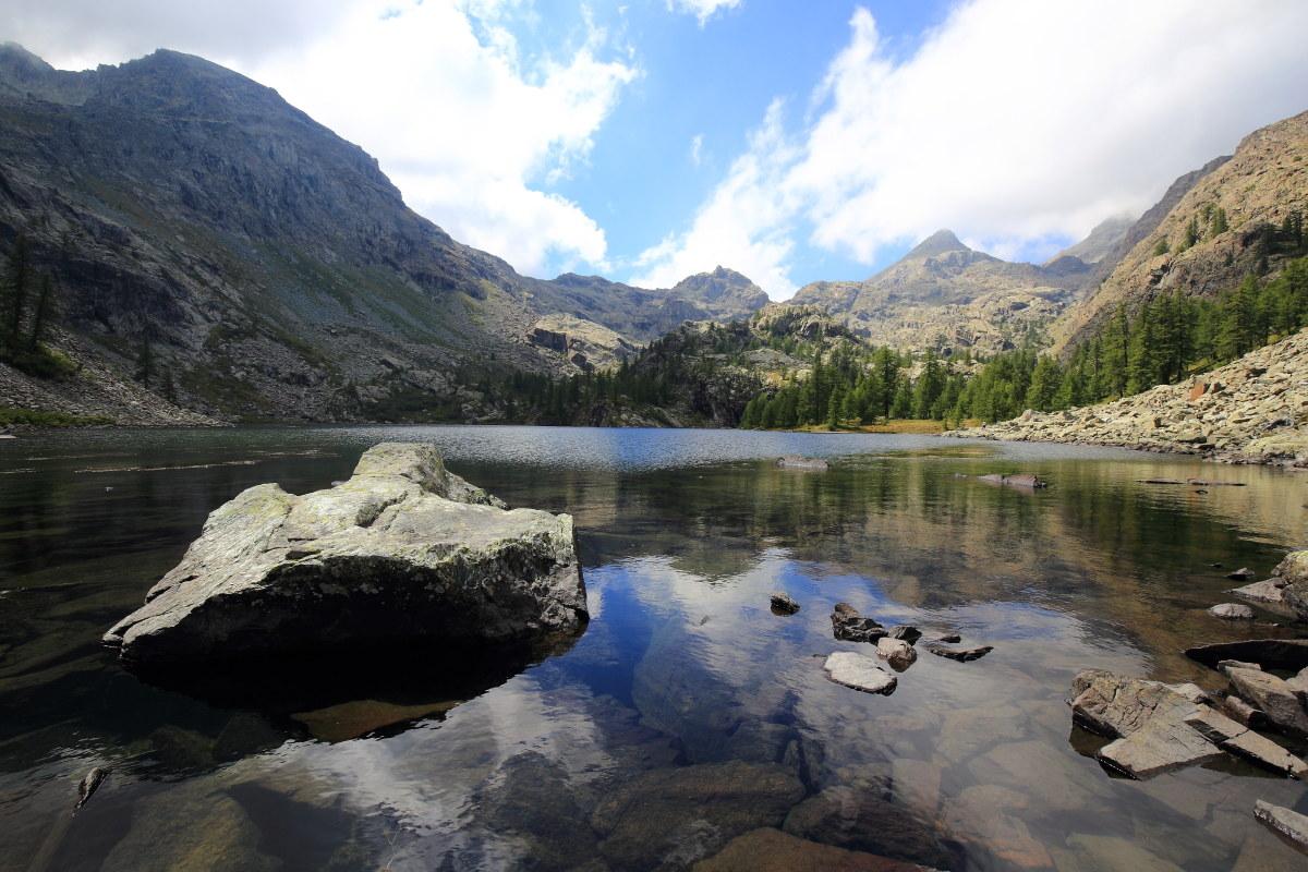 Horned Lake - Mont Avic 1...